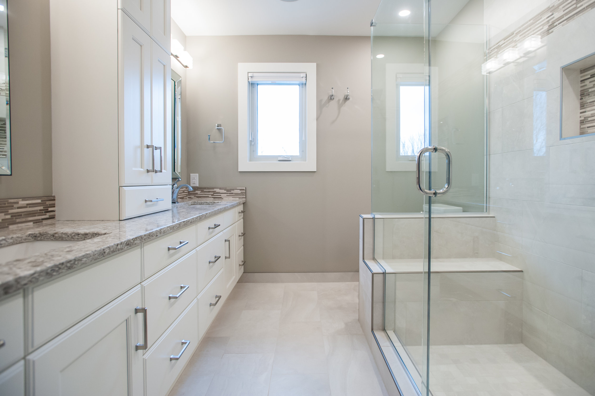 ensuite full view