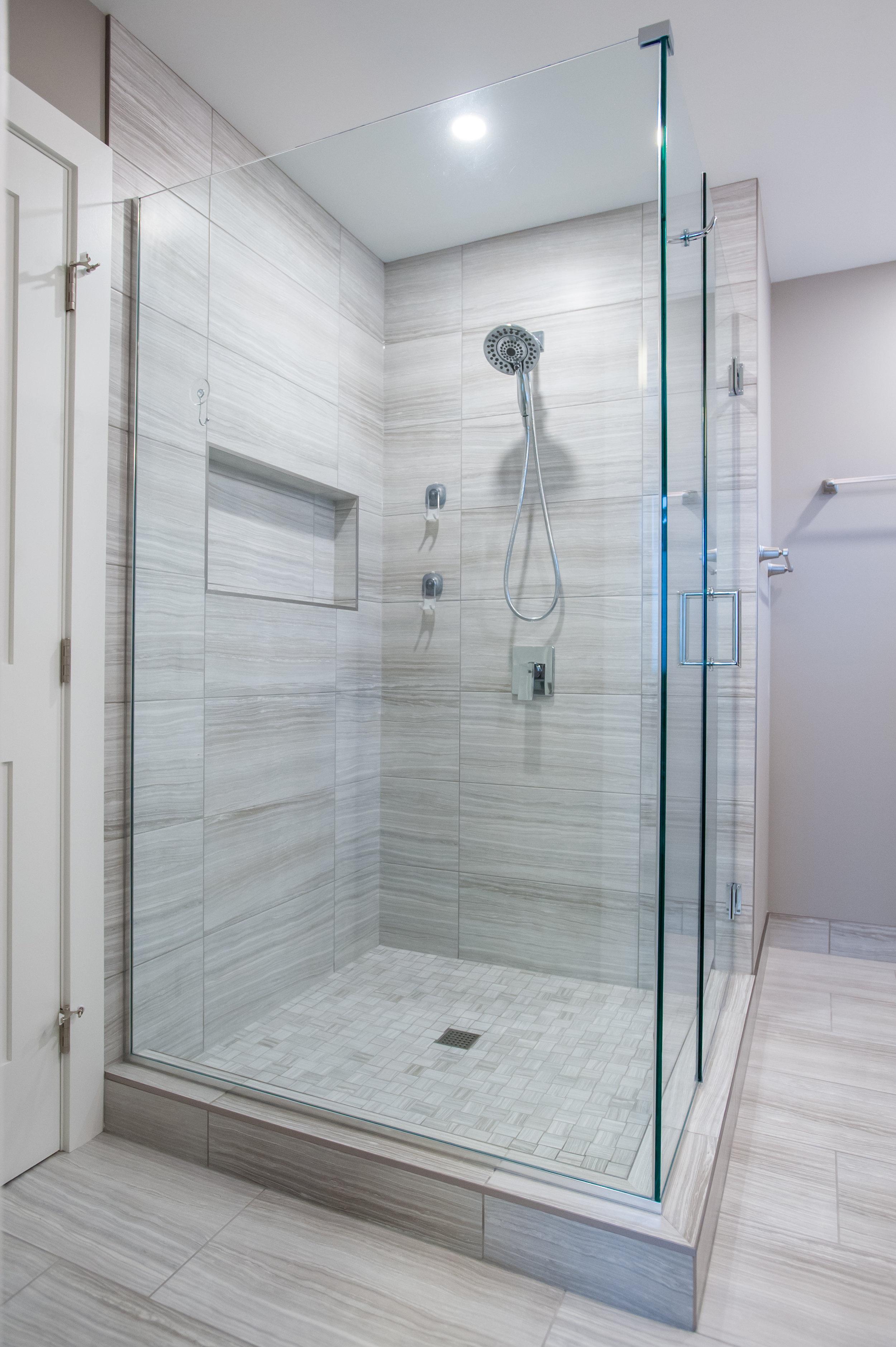Shower_after_reno_modern_2