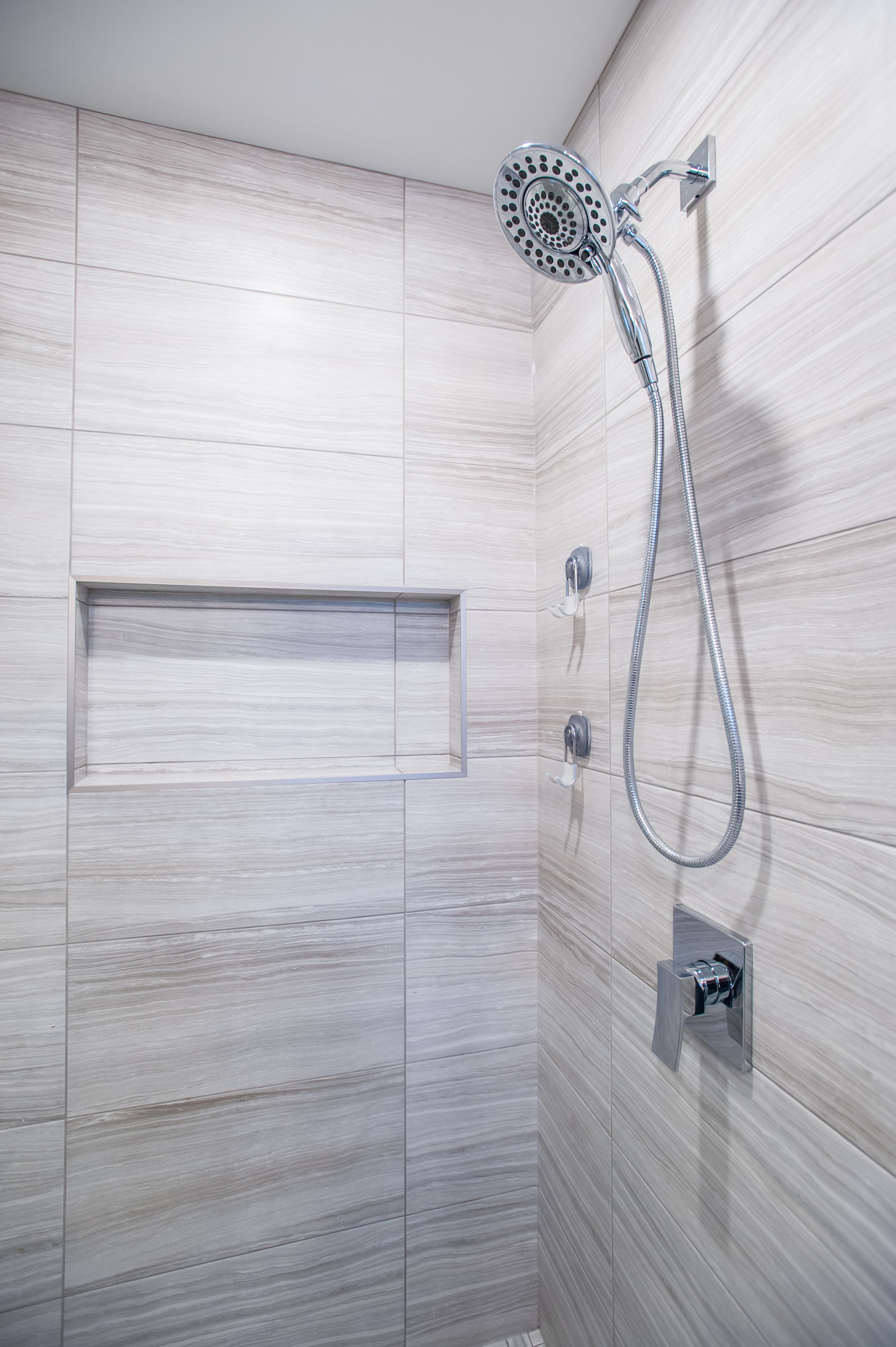 shower_mosaic_tile_glass