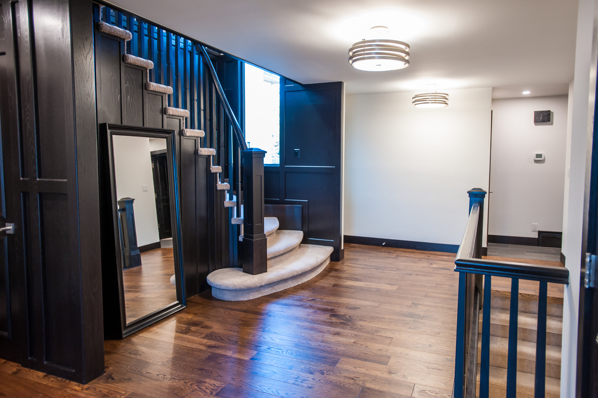 front_foyer_