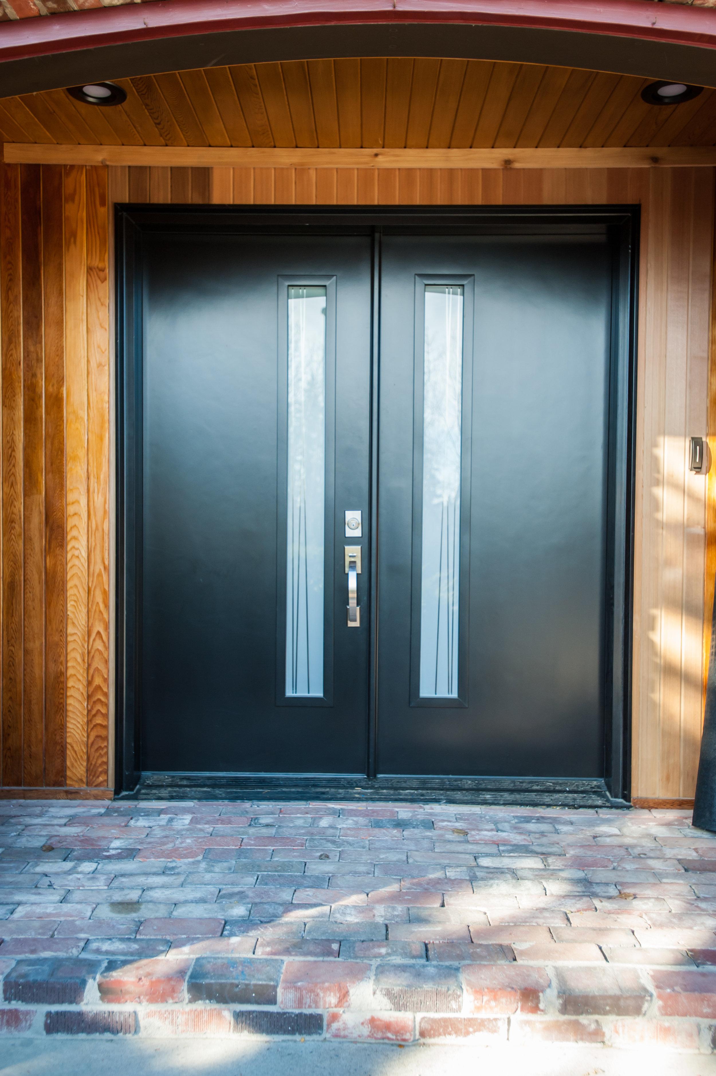 front door_black