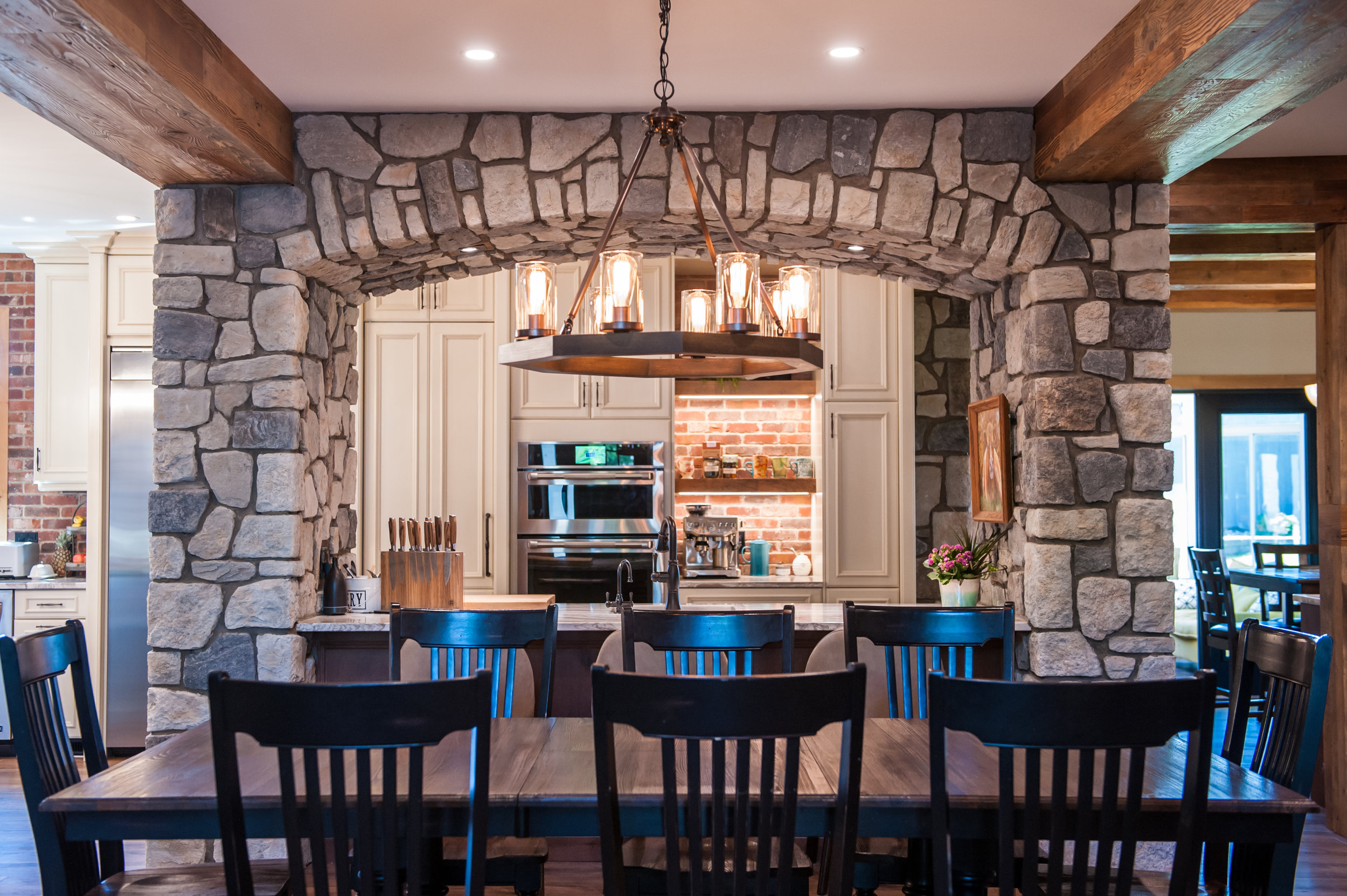 stone_archway_kitchen_island