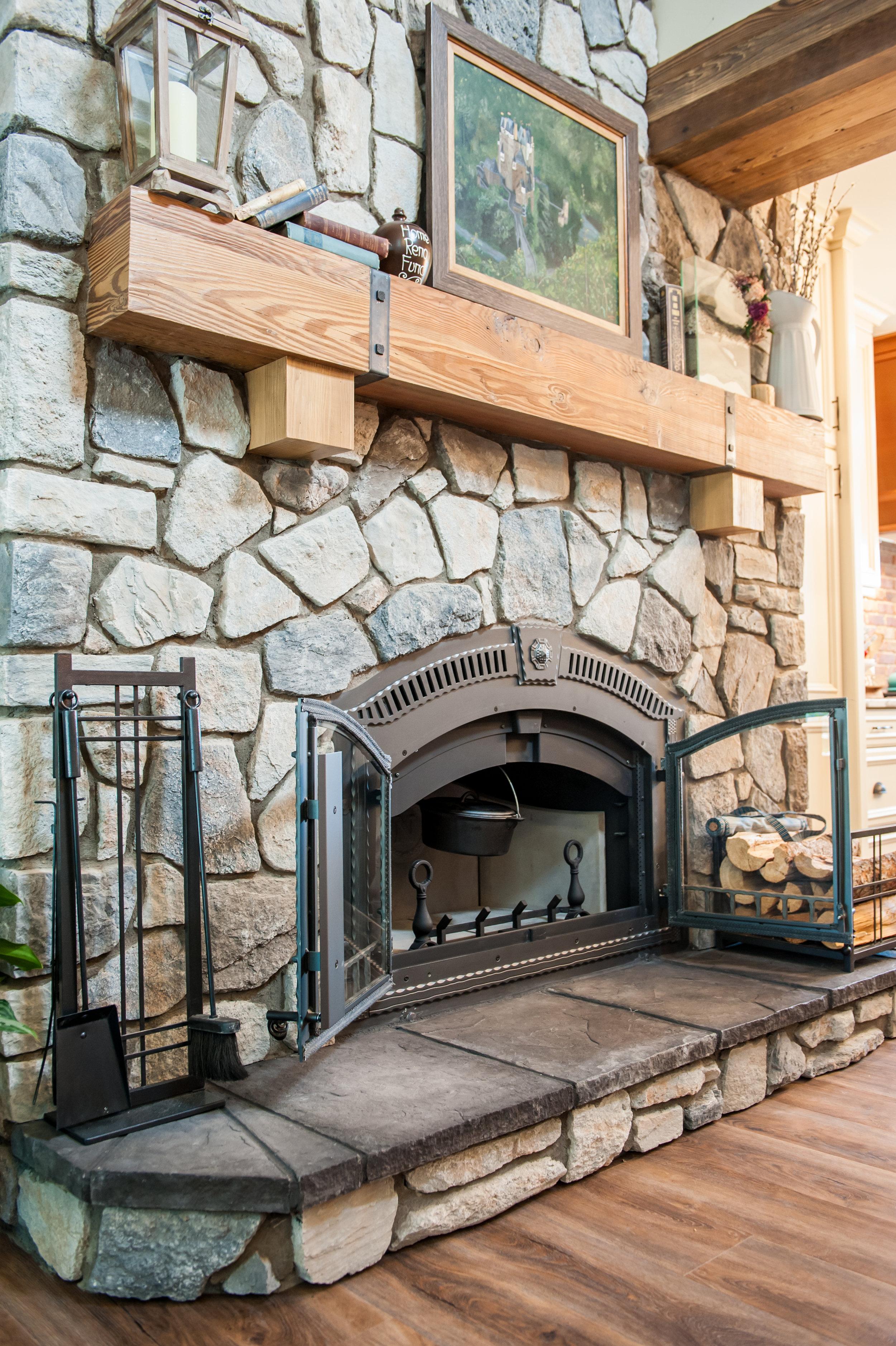 wood_burning_fireplace_doors