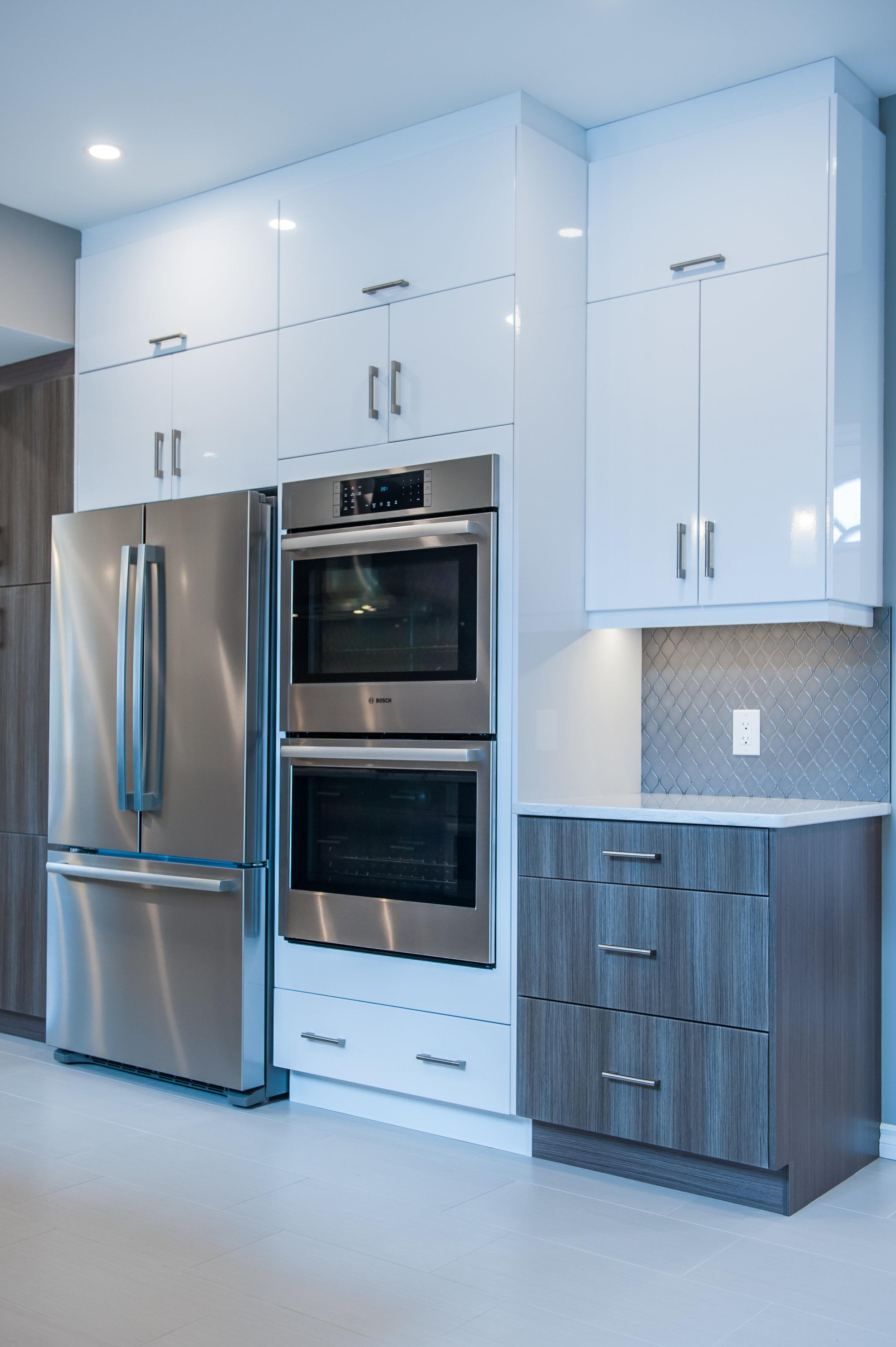 White_cabinetry_modern_kitchen