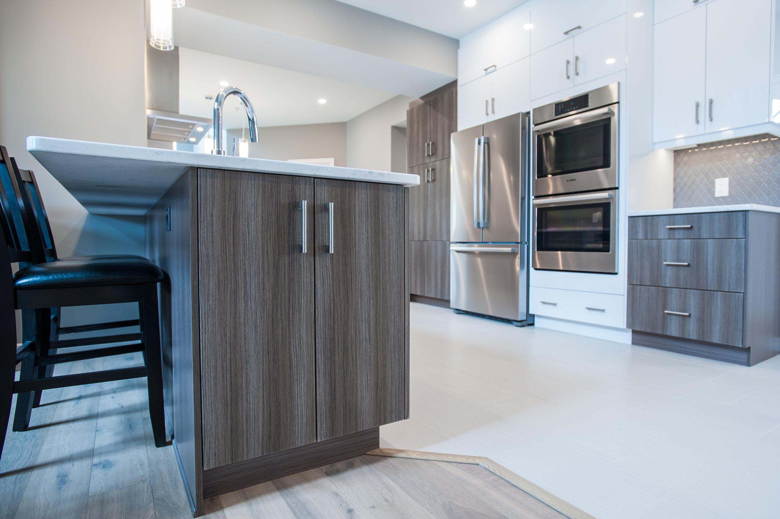 Kitchen_modern_White_walnut
