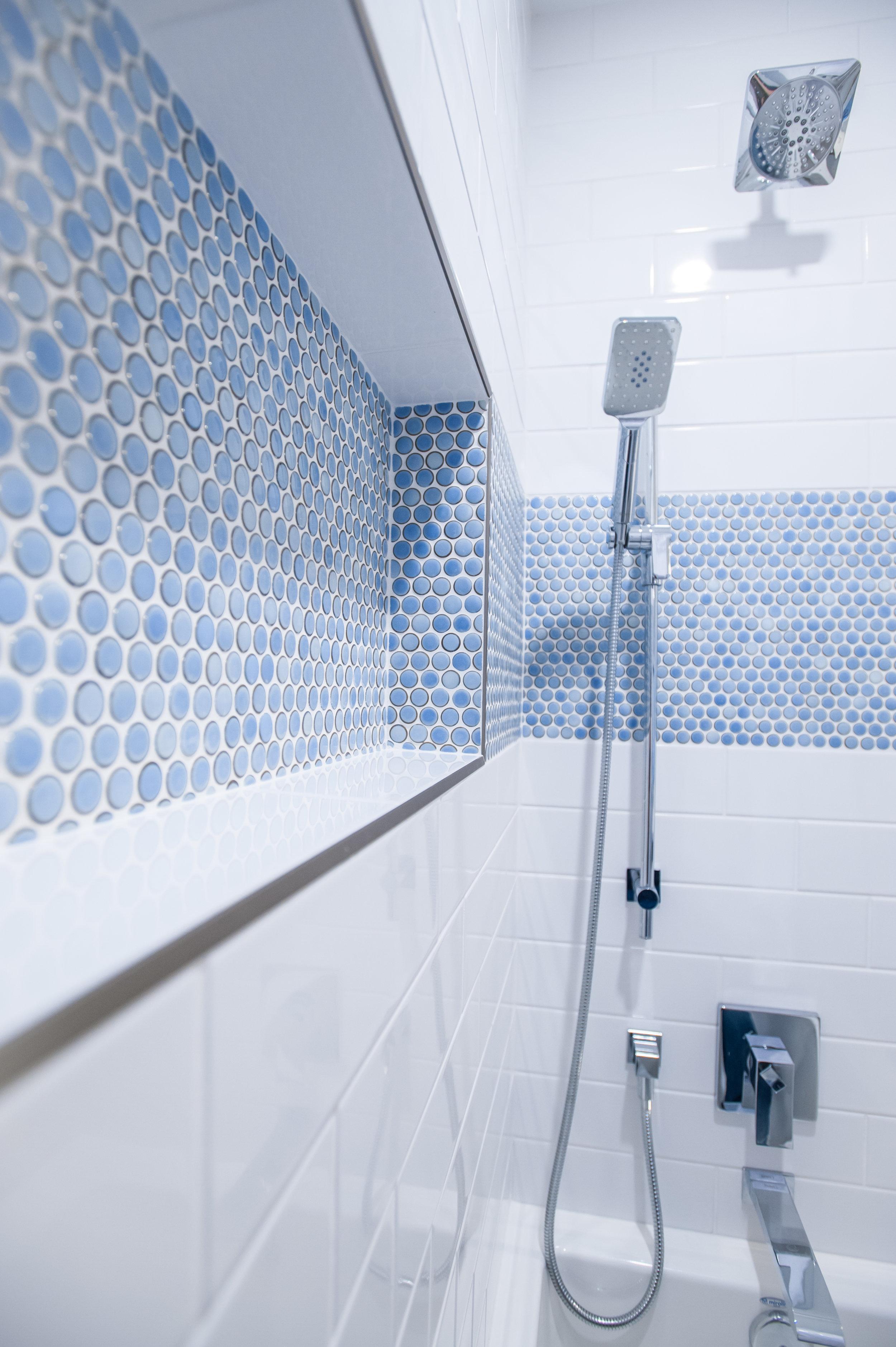 shower_reno_bathroom_tub_tile
