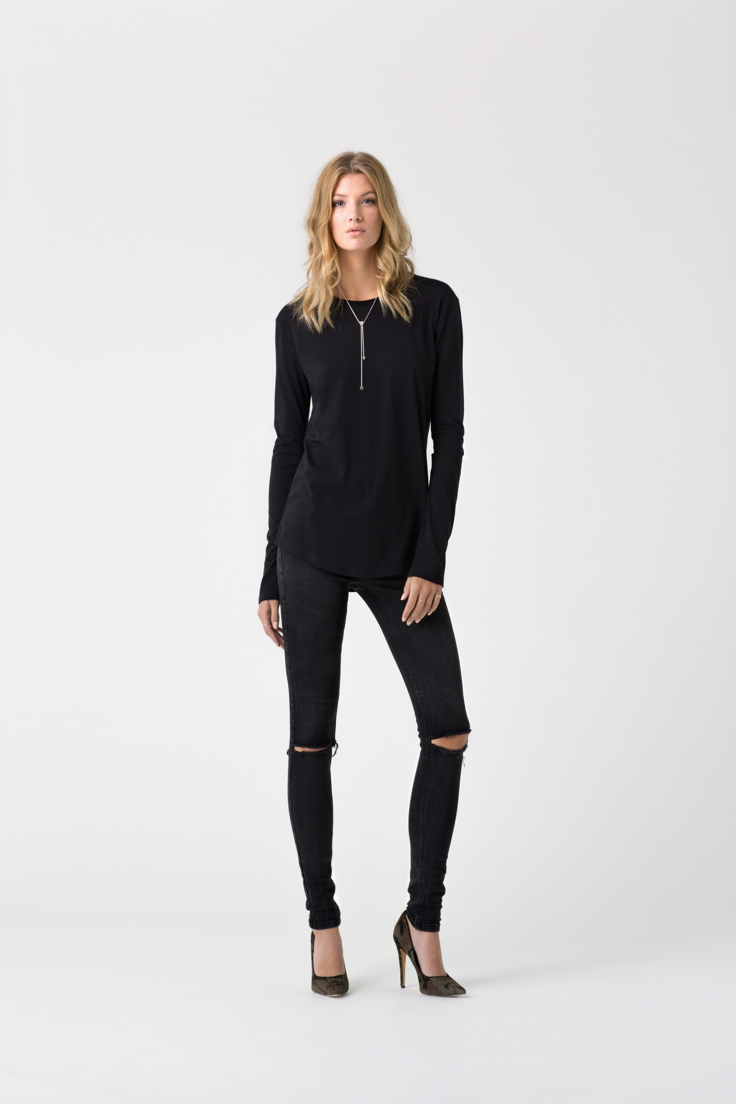 Betty Browne Relaxed Crew Black