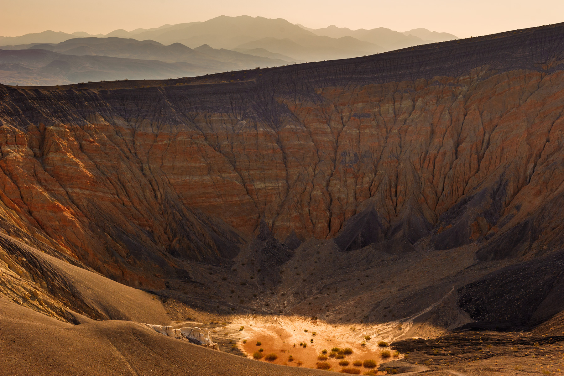 Meteor-Crater-Death-Valley.jpg