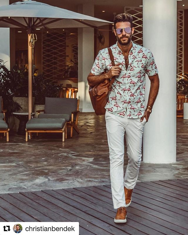 Is Friday part of the weekend yet? PC @christianbendek  #artistryinmotionwear #supermassiveshop ・・・ Look at this shirt #resortwear #resort365 #flamingo #caribbeanking