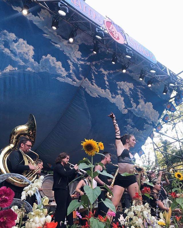 Huge thank you to @thedandywarhols and @oregoncountryfair for  sharing the main stage with us last Saturday! ⠀⠀⠀⠀⠀⠀⠀⠀⠀ -⠀⠀⠀⠀⠀⠀⠀⠀⠀ -⠀⠀⠀⠀⠀⠀⠀⠀⠀ -⠀⠀⠀⠀⠀⠀⠀⠀⠀ -⠀⠀⠀⠀⠀⠀⠀⠀⠀ -⠀⠀⠀⠀⠀⠀⠀⠀⠀ -⠀⠀⠀⠀⠀⠀⠀⠀⠀ - #ocf #oregoncountryfair #marchingband #marchingbands #marchingbandlife #marchingbandseason #brassband #brassbands #brassinstruments #pdx #portlandor #oregoncountryfair2019 #pnwart #pnwmusic #eugeneor #pnwevents #ocf2019⠀⠀⠀⠀⠀⠀⠀⠀⠀ #pdxartists #pdxmusicscene #portland #portlandoregon #travelportland #traveloregon #portlandnw #portlandart #oregonadventures #oregonlife #musicfest #musicfestival #weirdmusicfestival