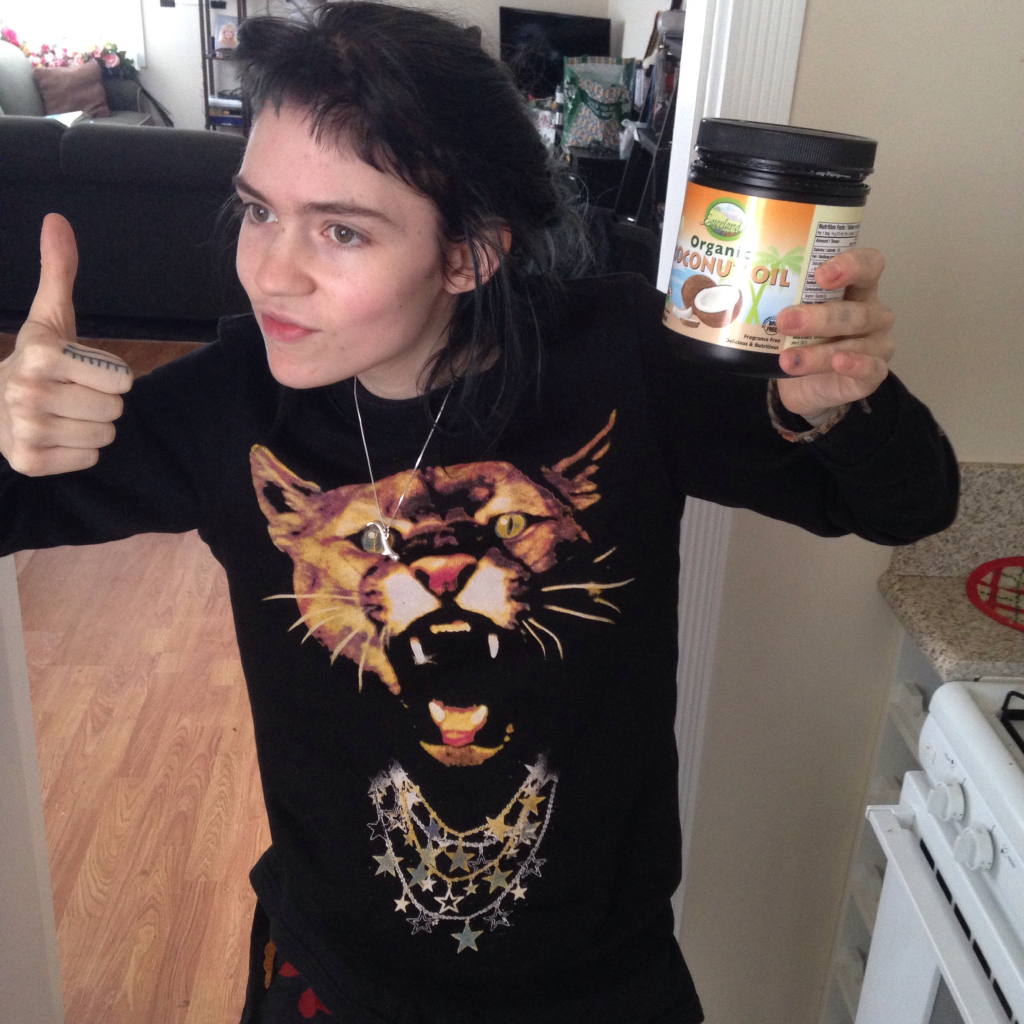 Grimes loves coconut oil too!!