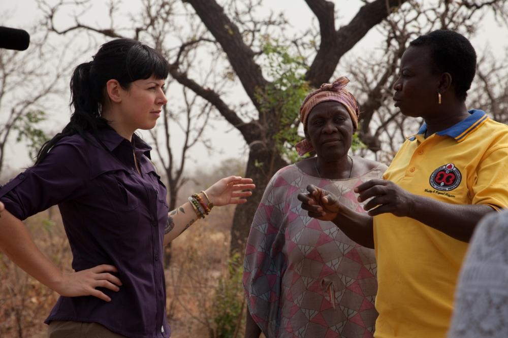 Georgina explains how shea nuts are harvested in the bush.
