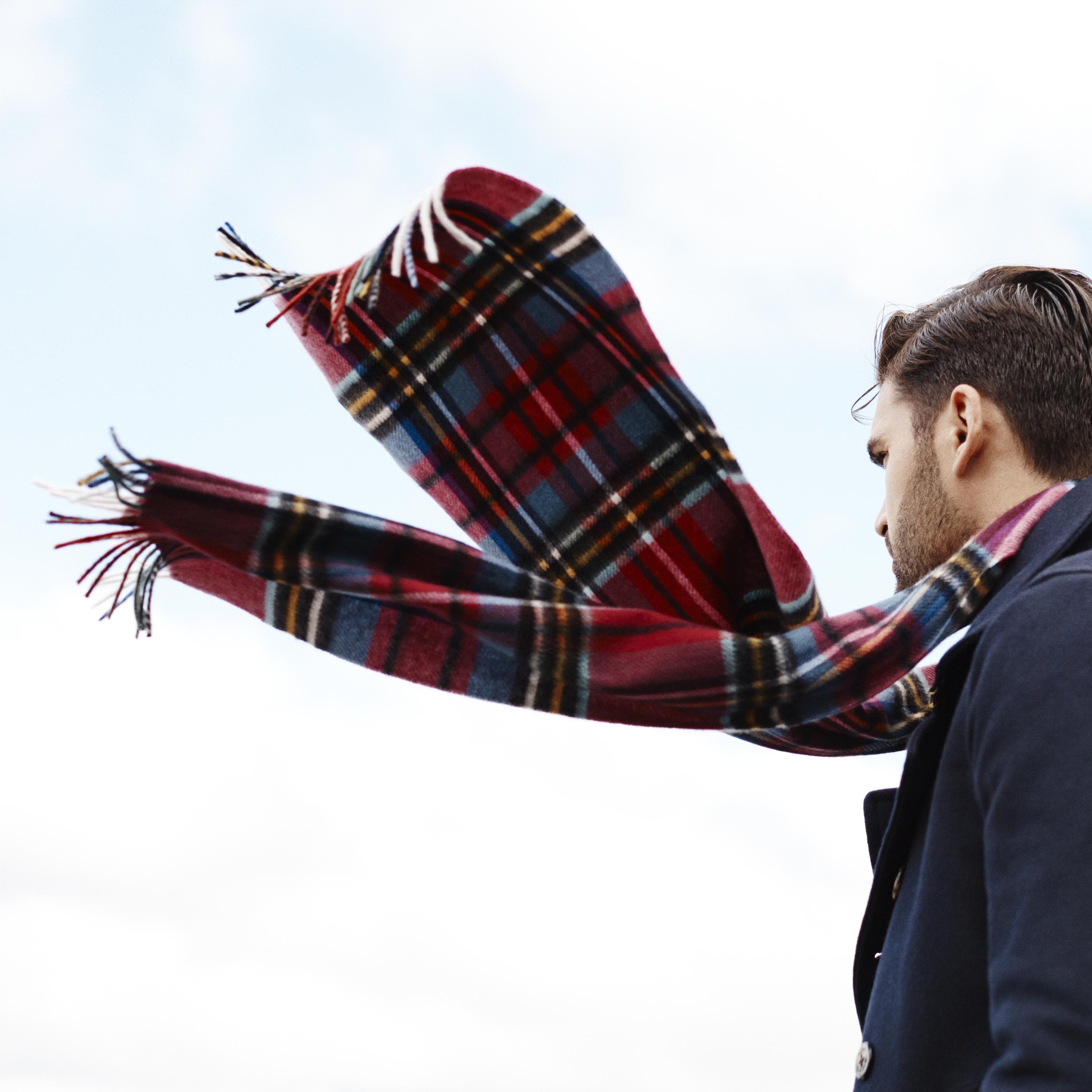 04-suffolk-scarf_A.jpg