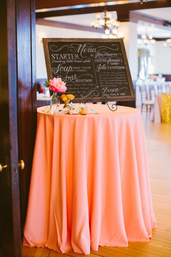 Cocktail hour menu chalkboard by Chavelli Tsui www.chavelli.com | Photography by Rebecca Arthurs www.rebecca-arthurs.com