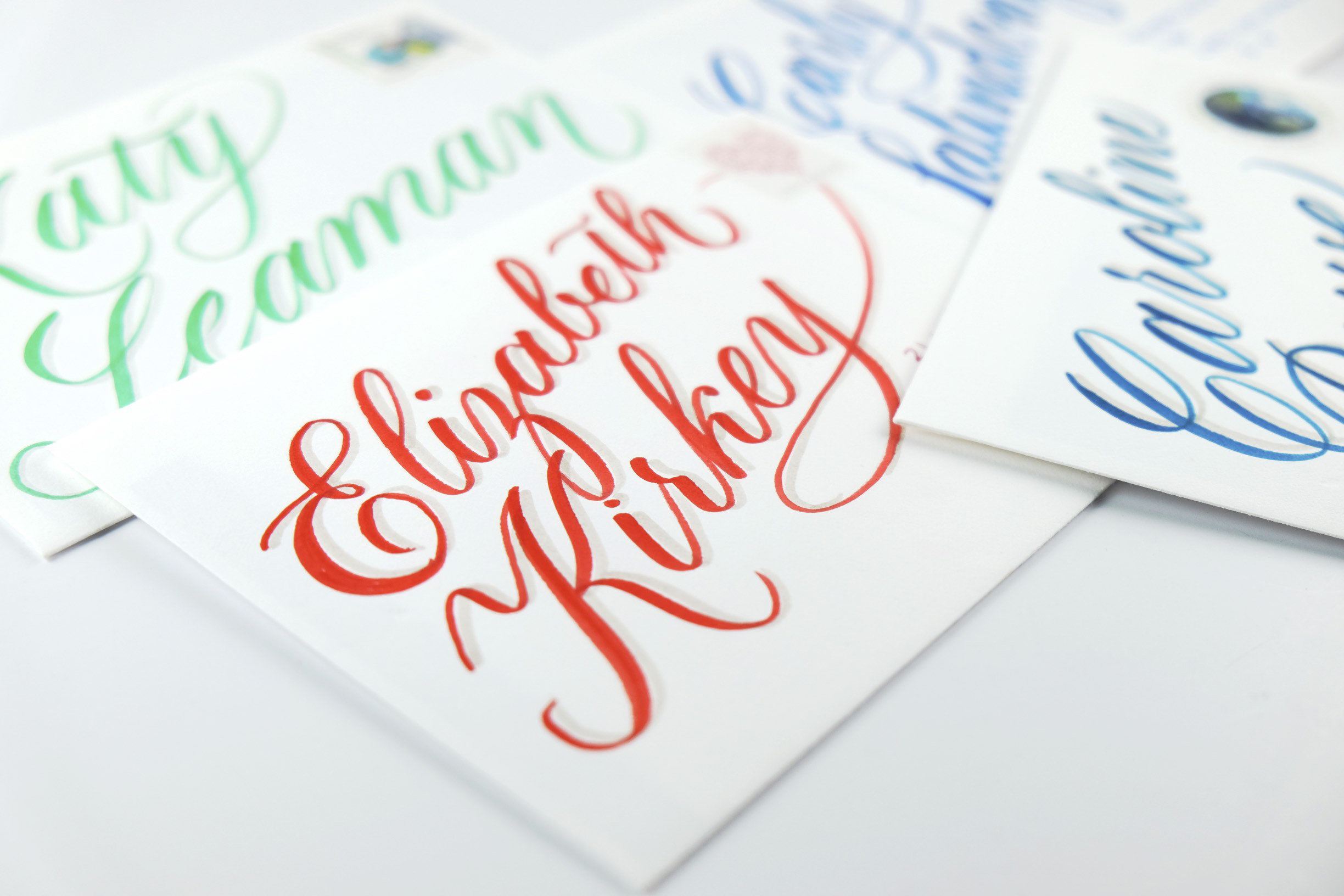 Brush calligraphy envelopes by Chavelli | www.chavelli.com