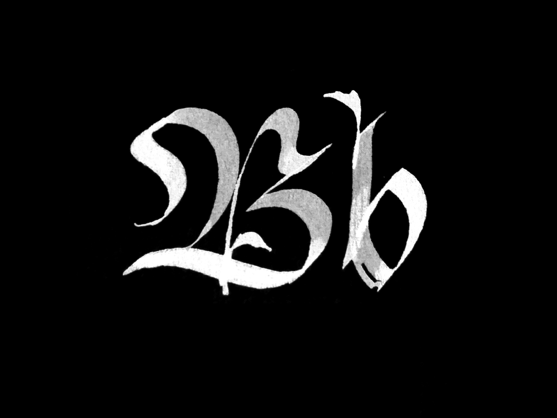 Minuscule and majuscule blackletter B's // calligraphy by www.chavelli.com