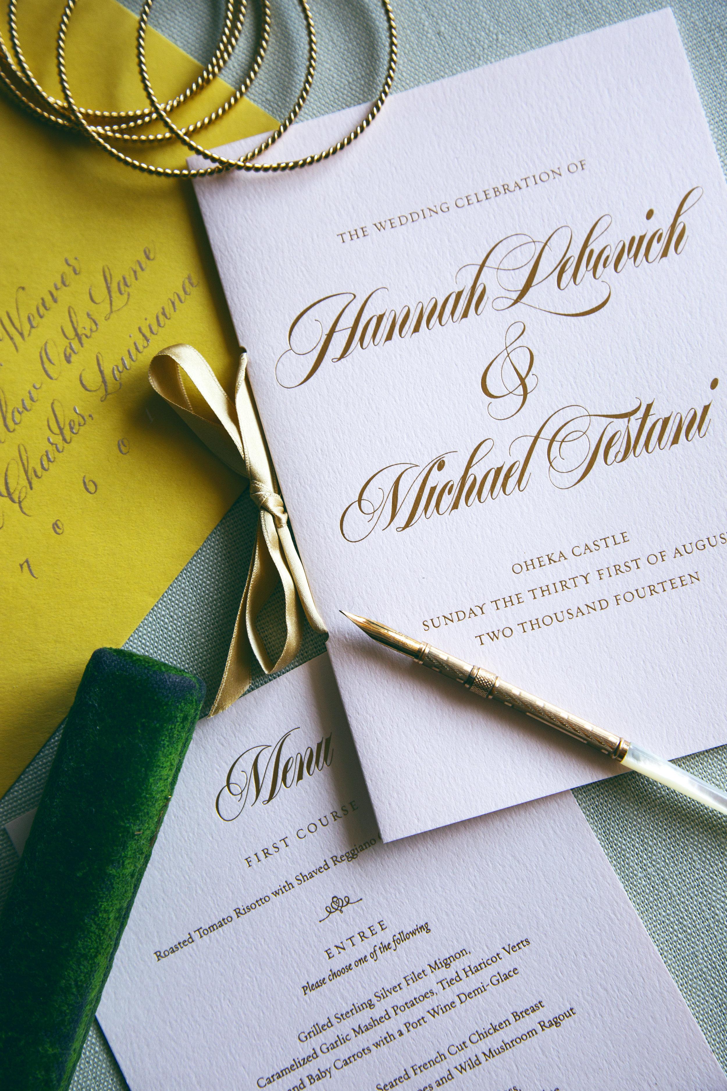 Original wedding day designs for a luxurious Oheka Castle wedding   www.chavelli.com