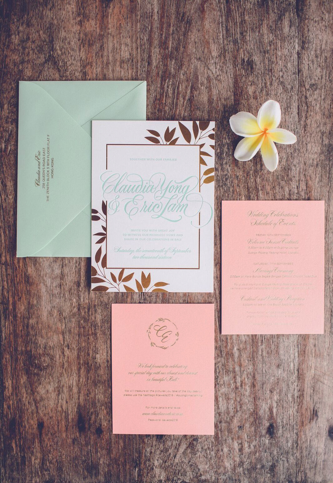 Tropical Bali wedding invitation suite | www.chavelli.com