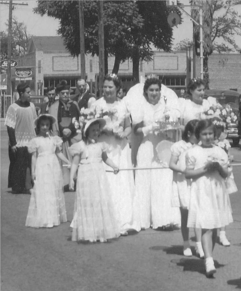 1940 Festival Queen - Norma Lewis Shirle   Sidemaids - Marjorie Jason Dimock & Elizabeth Bettencourt Klinger