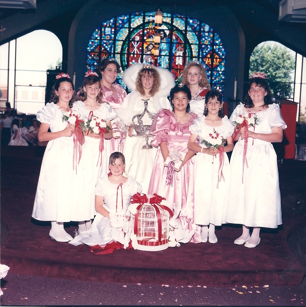 1992 Festival Queen -  Holly Drobick Marsh    Sidemaids - Angela Fagundes Langlands & Clarissa Aljentera