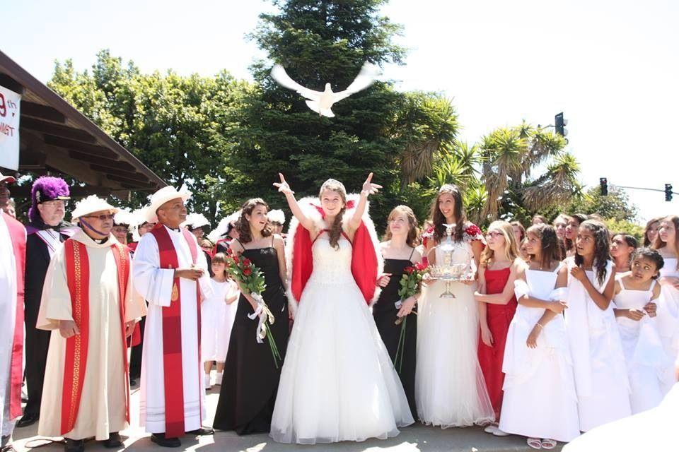 2013Festival Queen -  Rachel Adamson    Sidemaids - Cecilee Alberts & Kathleen Barrett