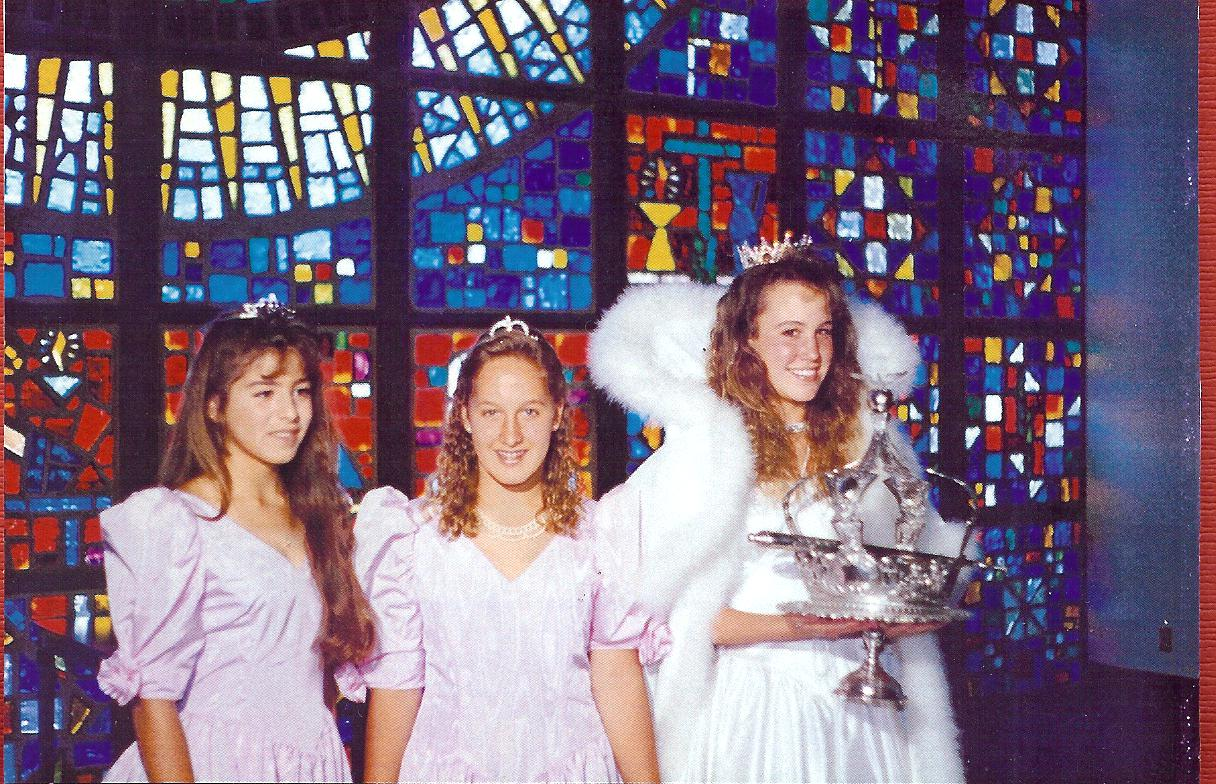 1990 Festival Queen - Nicole Franchi   Sidemaids - Tami Wilson & Holly Drobick