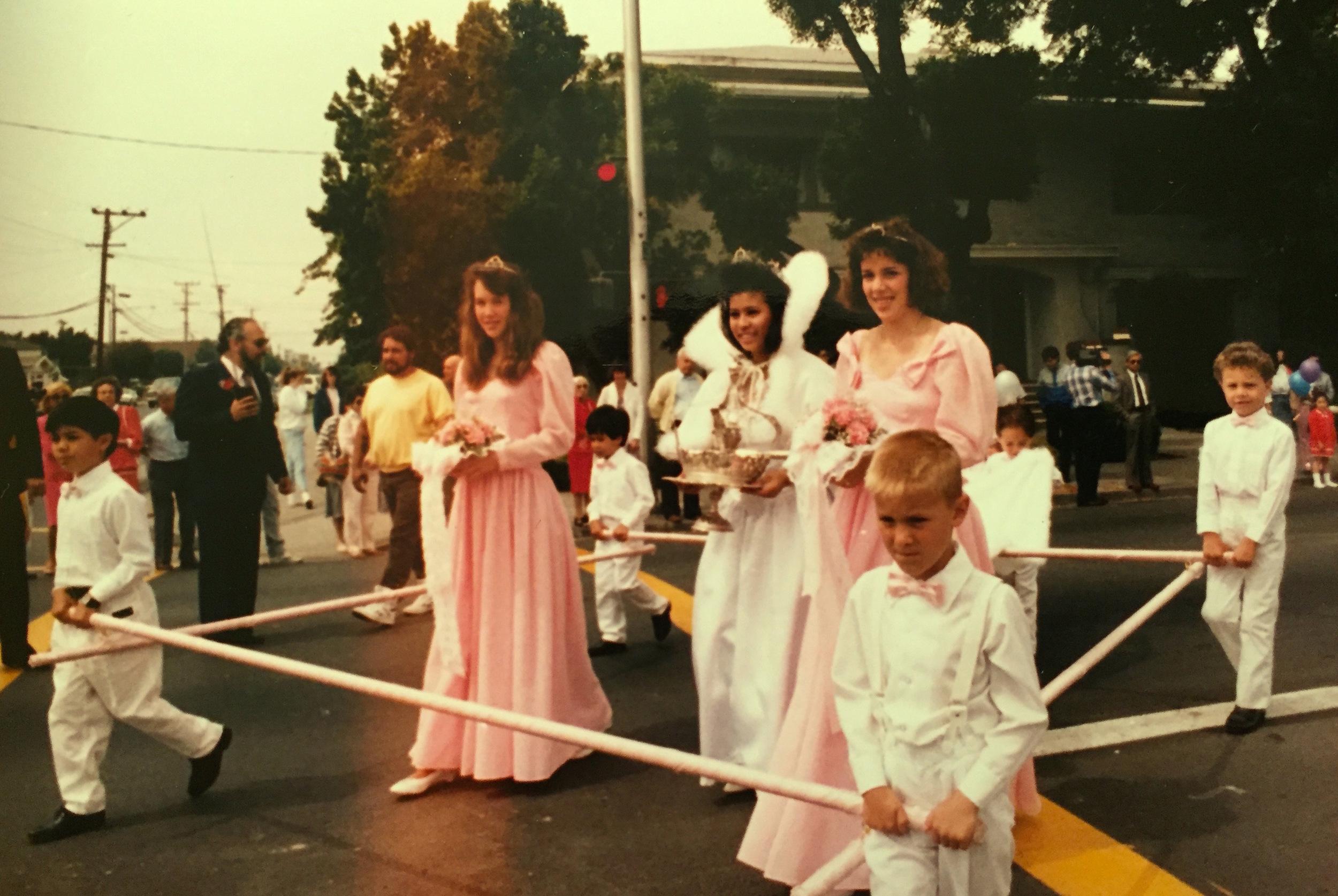 1988 Festival Queen   - Christina Bautista Mangonon     Sidemaids - Nicole Franchi &  Keira Wyman Bauer