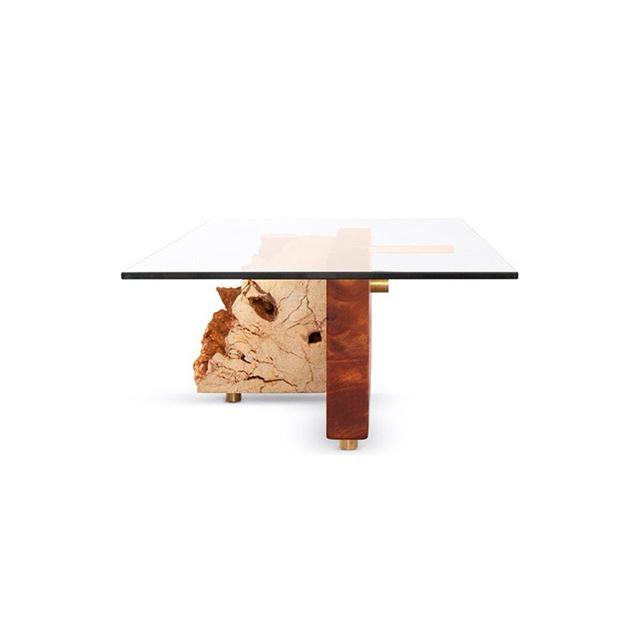 Eclectic Mix. Coral Slab, Brass Details & Caoba Block. 😍  #centertable #livingroomdecor #diningroom #contemporary #organic #hechoenpuertorico #herbeh #nature #reclaimedwood #interiordesignmiami #lifestyle #oneofakind #woodlovers #homedecor #startuplife #sustainable #startups #natural #nature #miami  #herbehwood  #finest  #1stdibs #interiordesigner #style #oneofakind #cocktailtable #table #diningtable #coffeetable  #organic #hechoenpuertorico #herbeh #nature #reclaimedwood #miami #interiordesignmiami #lifestyle #oneofakind #woodlovers #homedecor #startuplife #sustainable #startups #natural #nature #miami  #herbehwood  #finest  #1stdibs #interiordesigner #style #oneofakind #centertable #table #puertorico