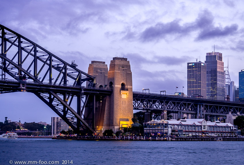 Sydney Harbour Bridge at twilight. 1/3 sec, 42mm, f/5.6, ISO100. The iconic nature of the Harbour Bridge's pylons cannot be understated.