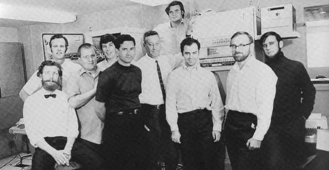 Equipo de desarrollo de ARPANET, la red precursora de Internet.