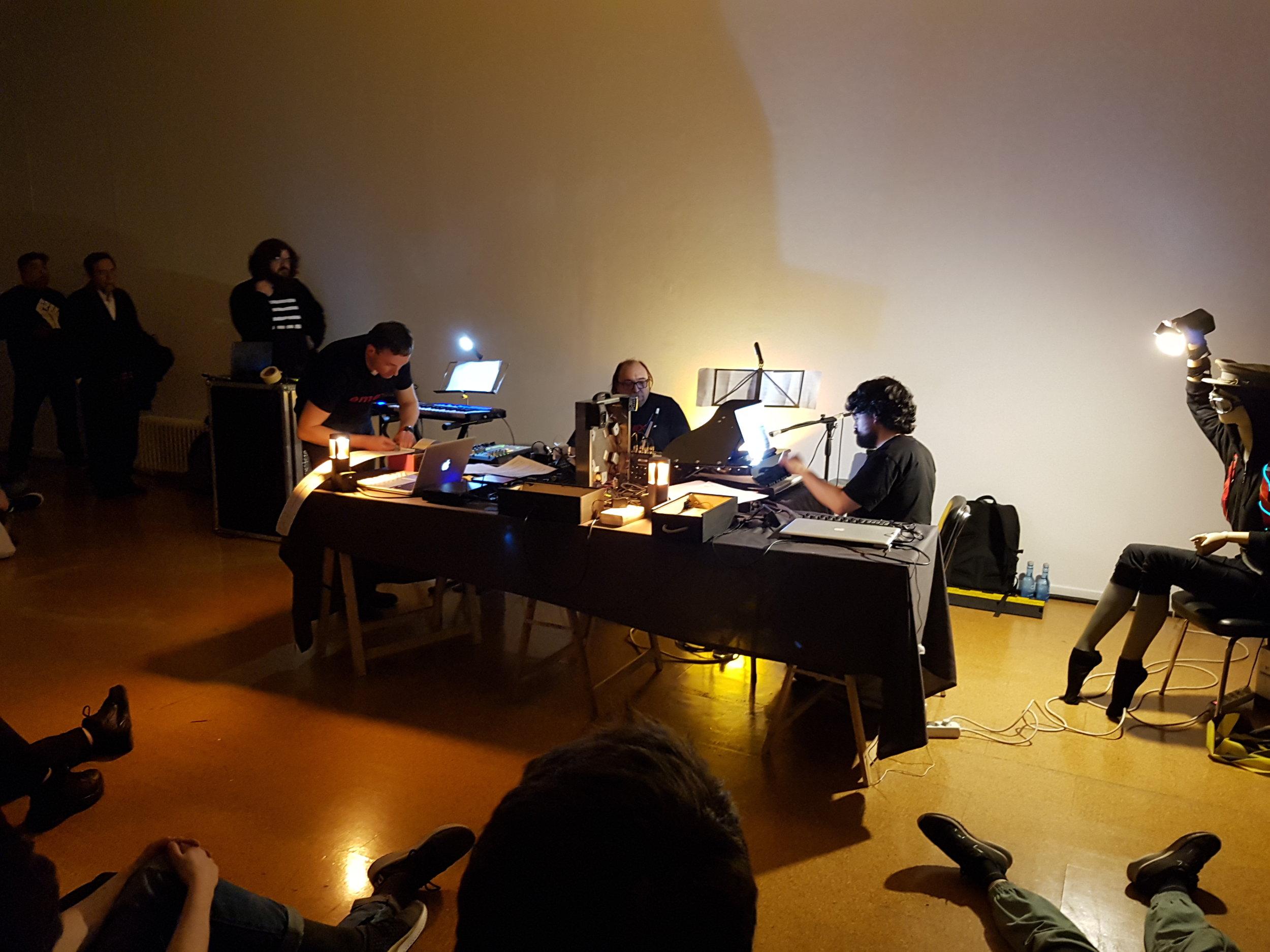Ensemble de Música Electroacústica ∞
