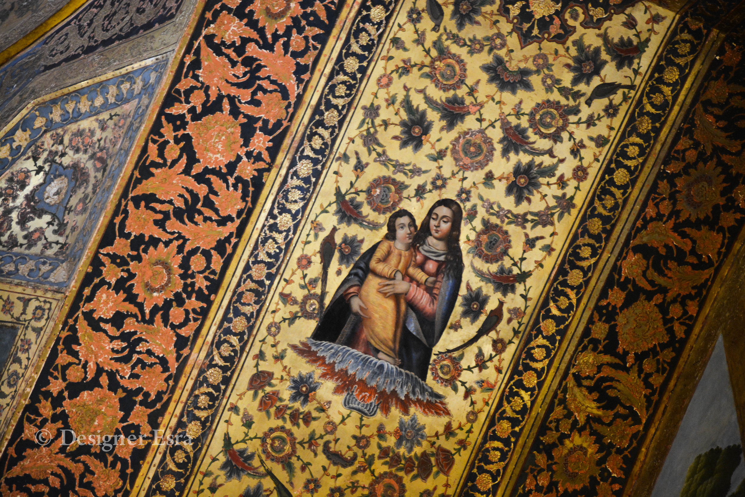 Church details in Esfahan