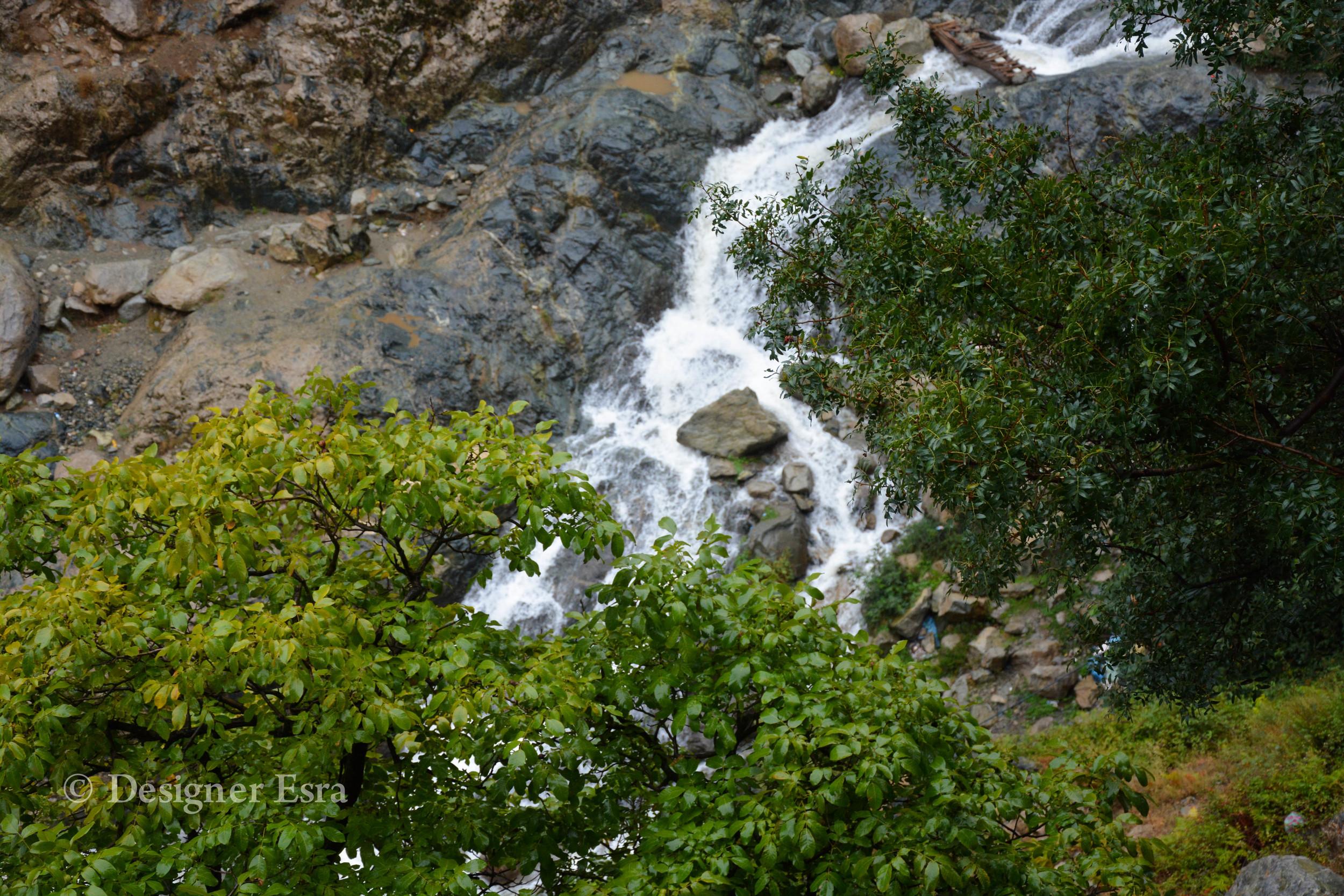 Waterfall in Atlas Mountains شلال في جبال أطلس في المغرب