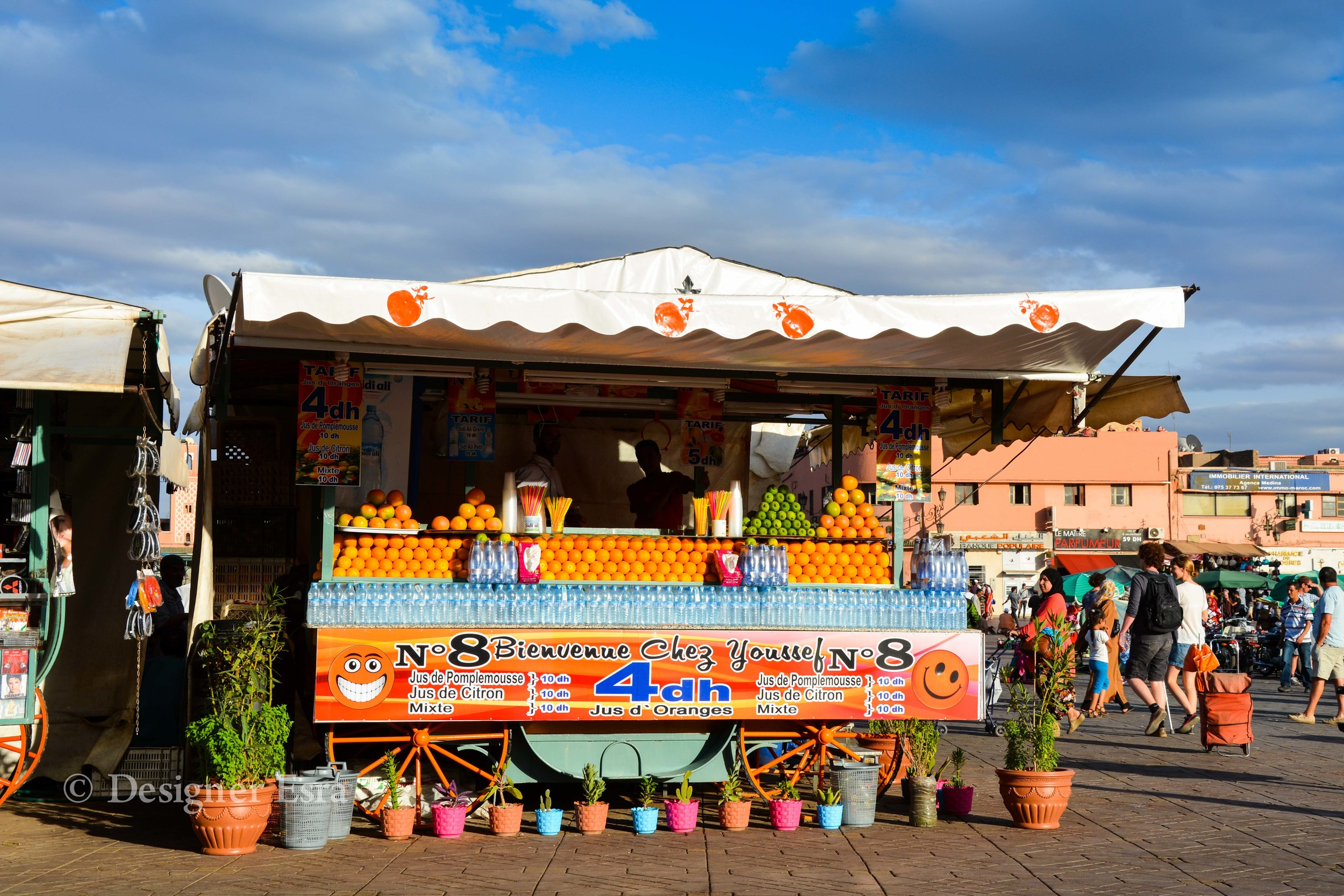 Orange Juice stand in Jame Fana