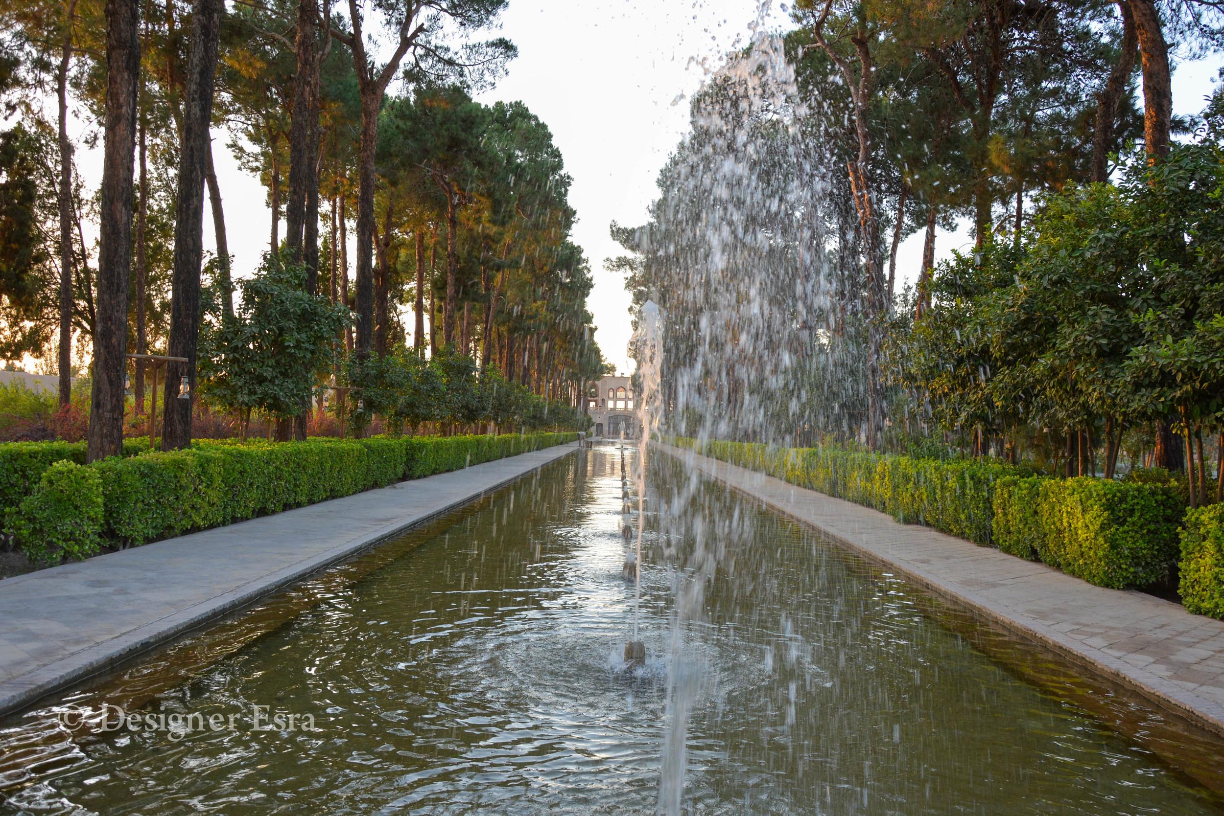 Bagh-I Dawlatabad, Fountain in the Yazd Garden