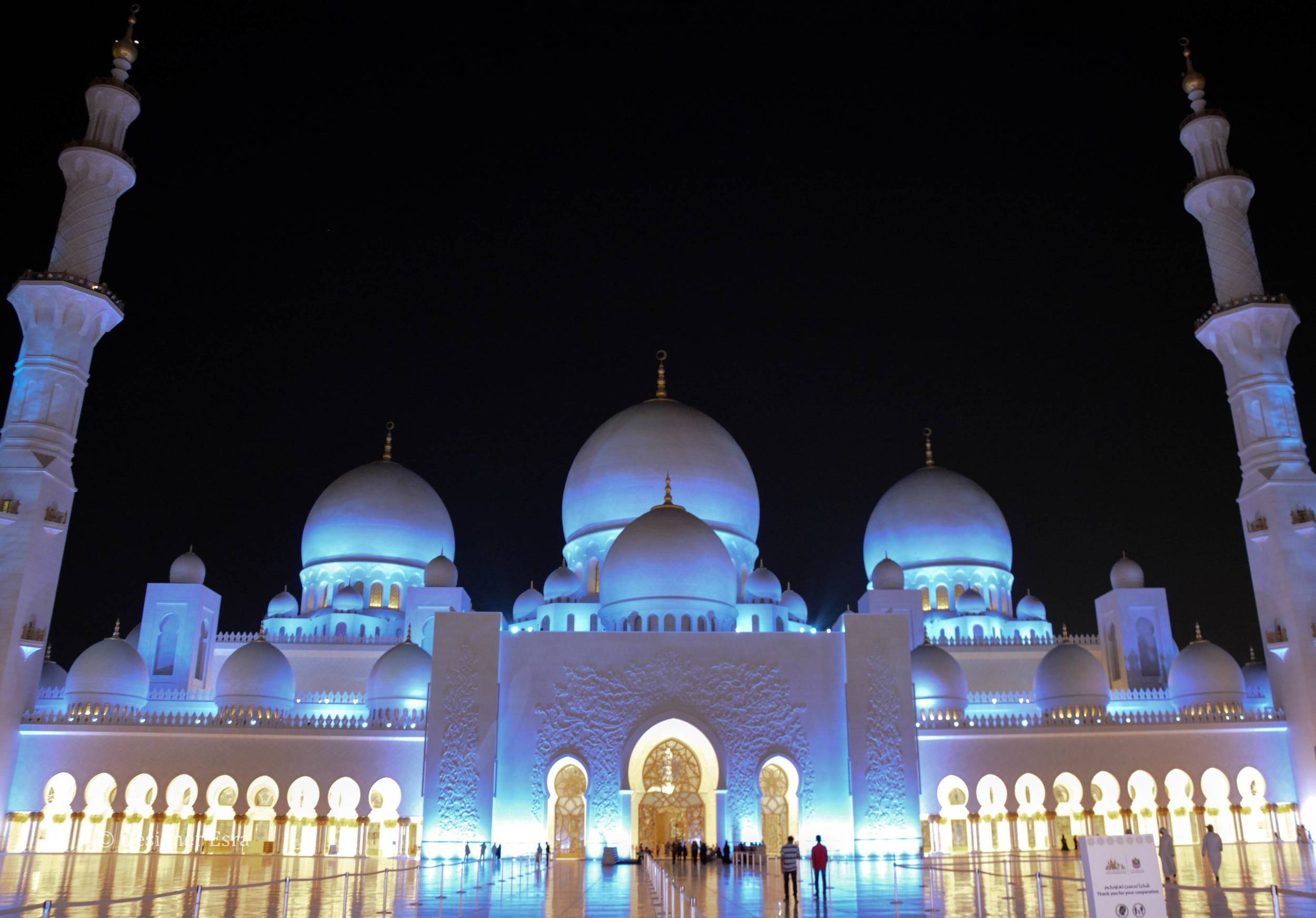 Sheikh Zayed Grand Mosque Night Time