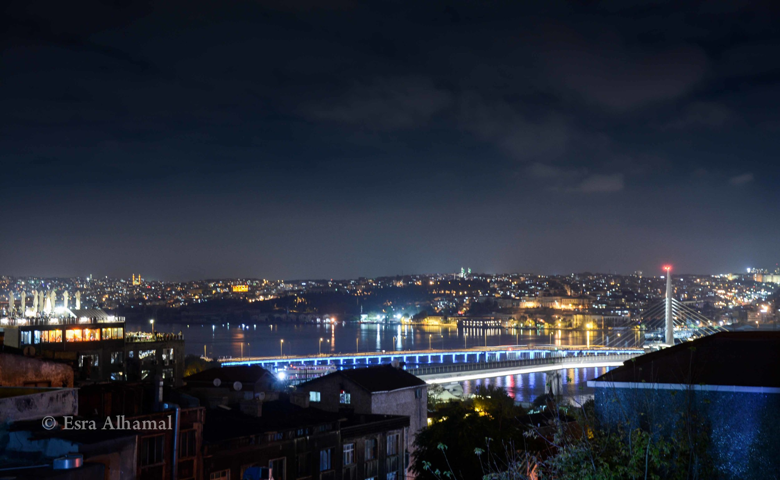 Just look at the gorgeous view of Istanbul that we stumbled upon!