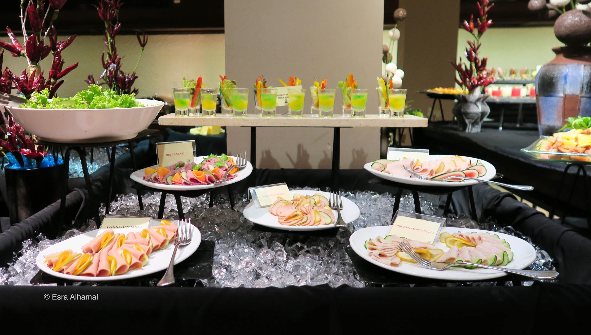 Dinner Buffet at Earl's Regency