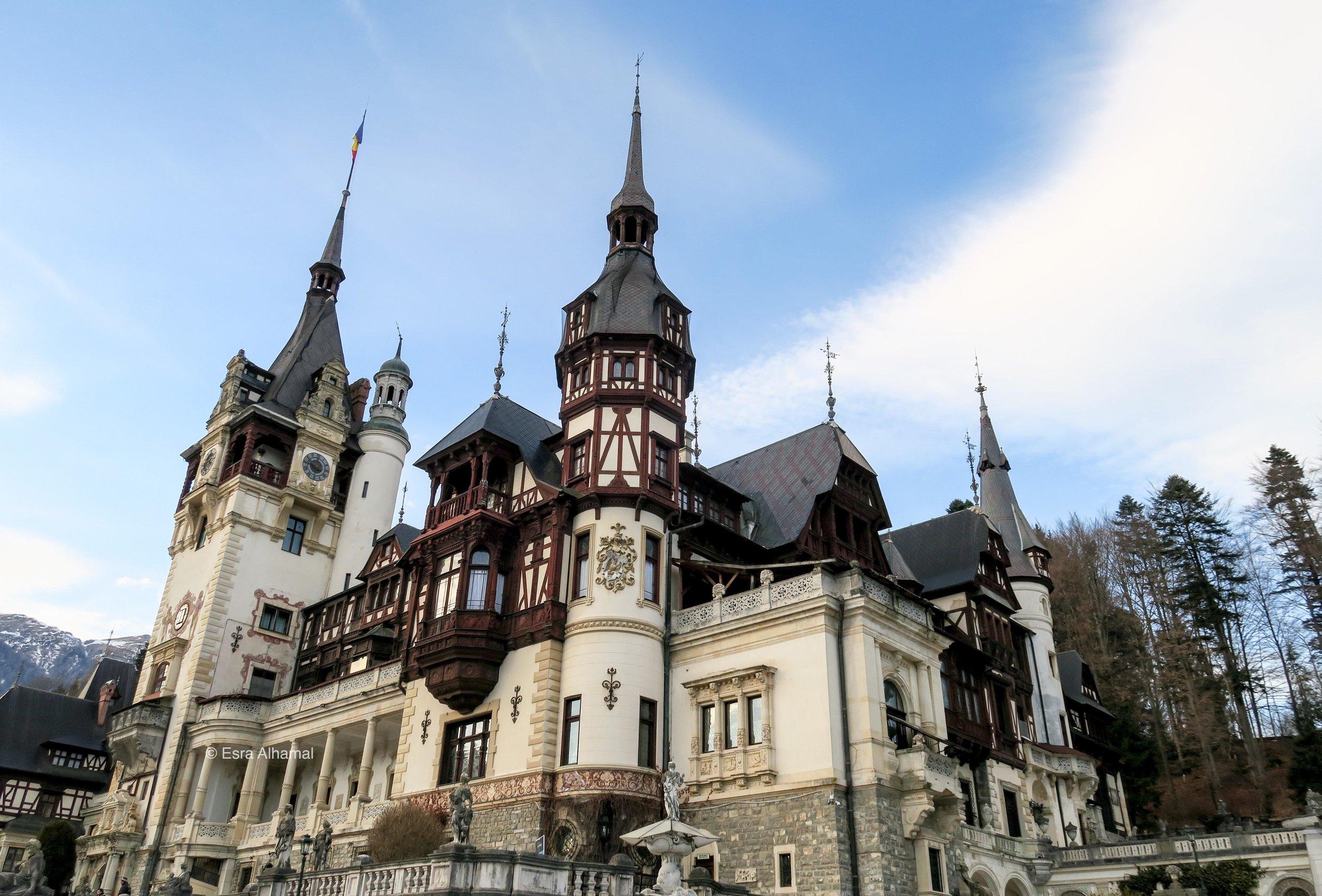قلعة سيناي في رومانيا