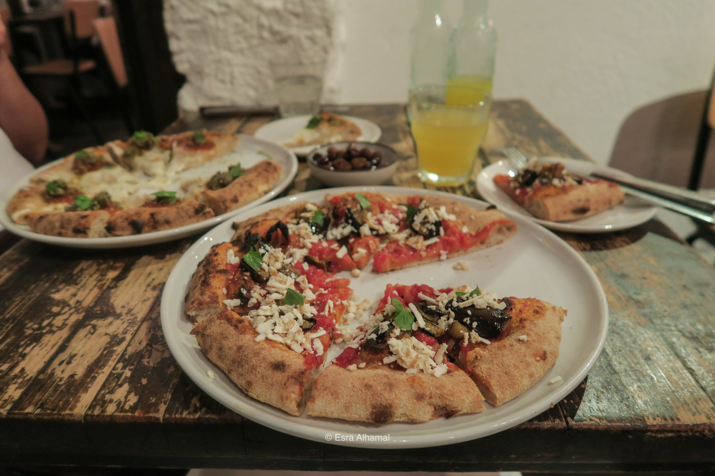 Yummy creative pizza in Florence