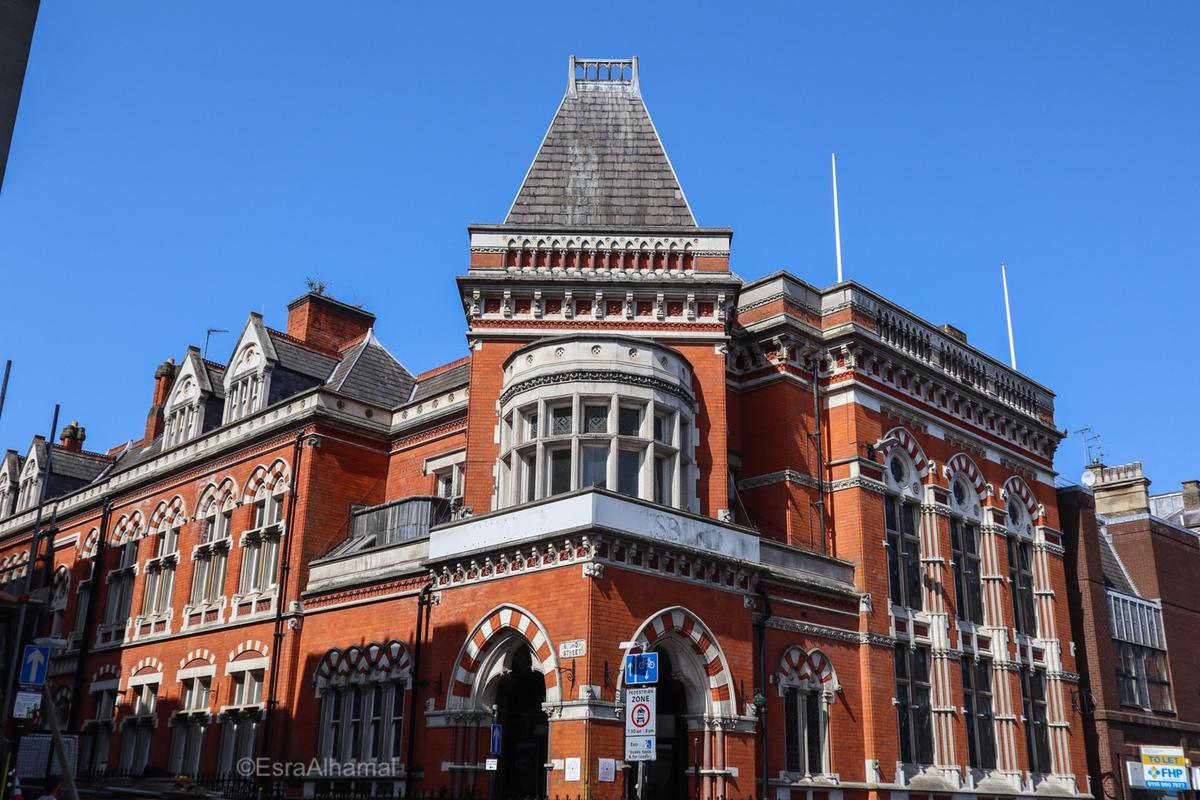 19th century English Architecture