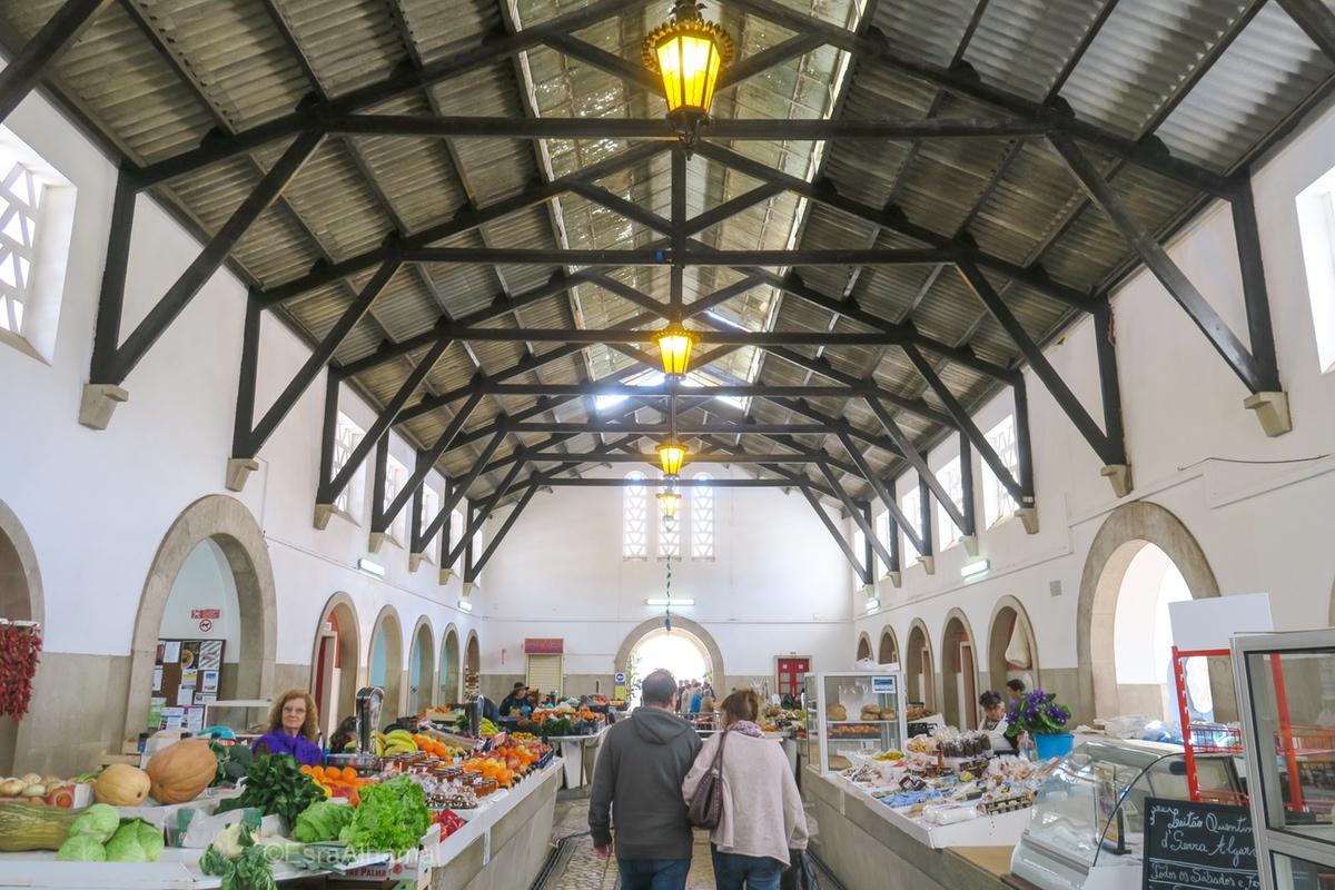 Market in Silves