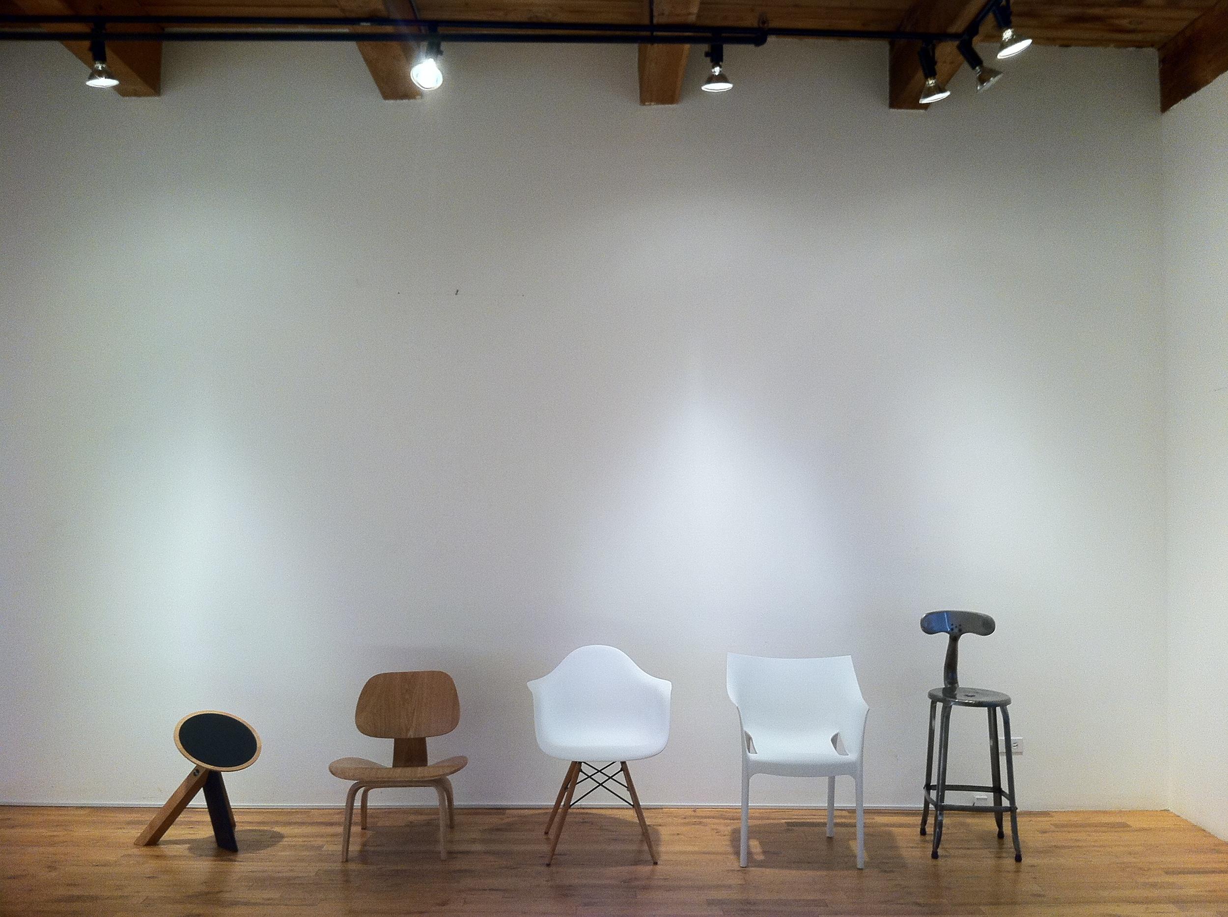 photo 2 chairs.jpg