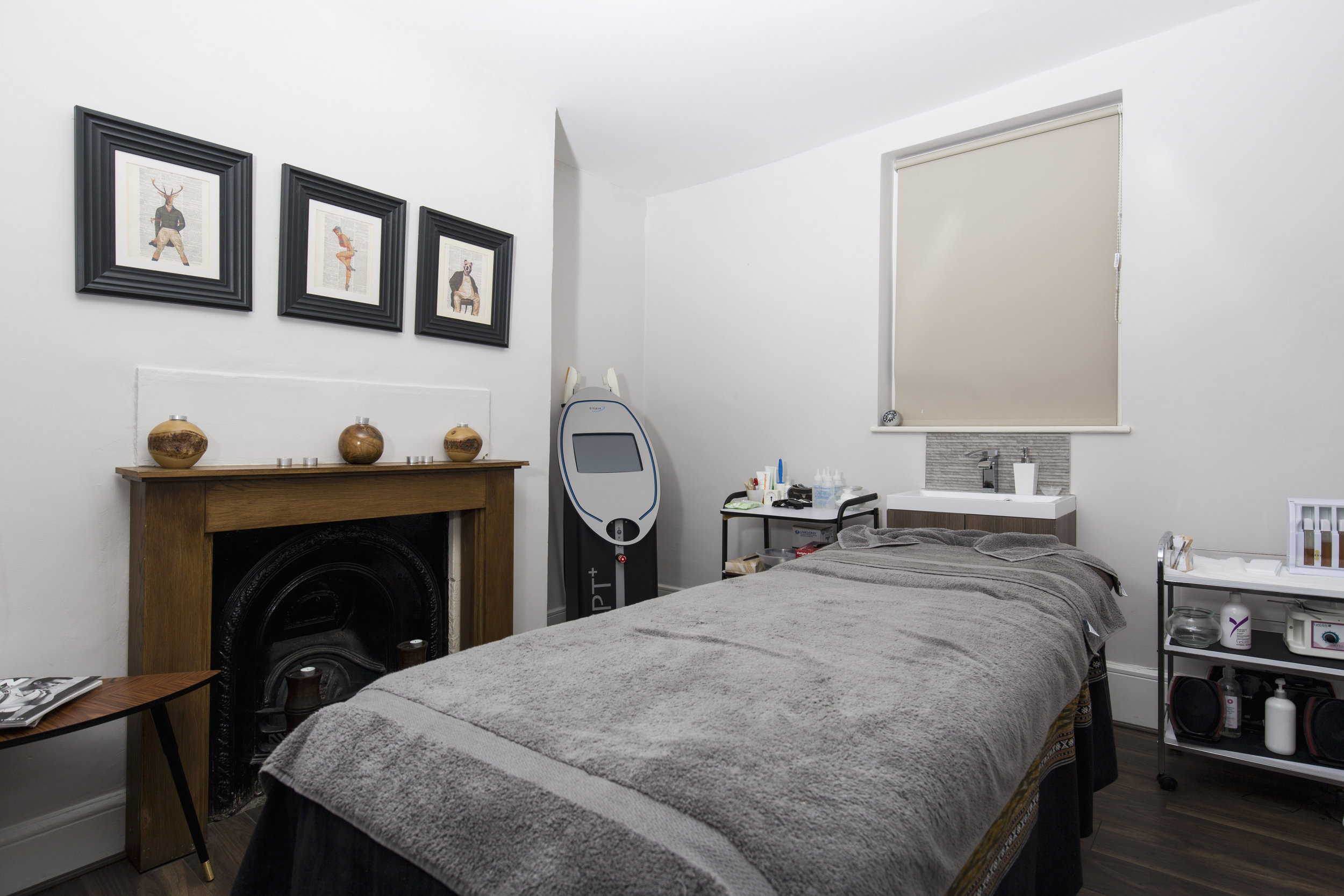 Treatment Room 1.jpg