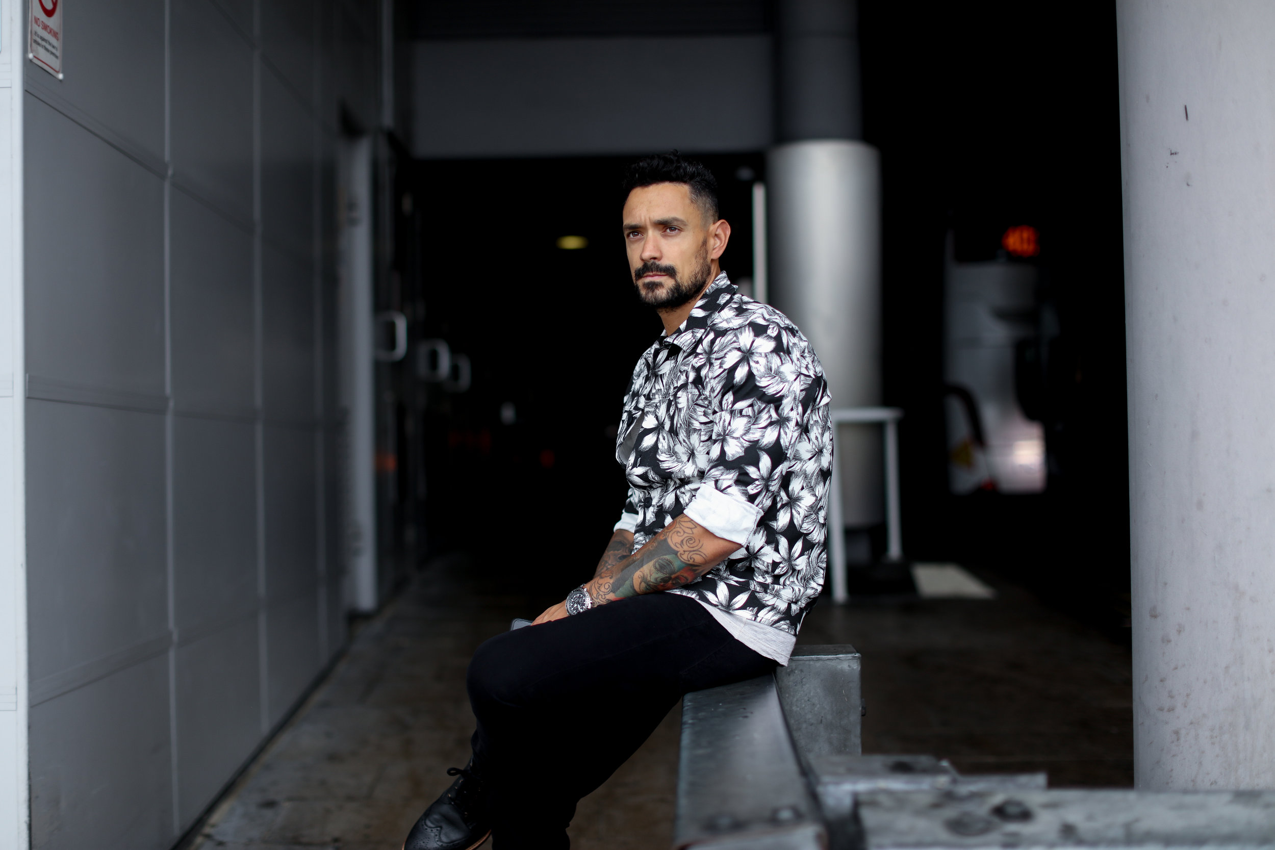 How To Wear A Floral Shirt And Still Look Effortlessly Cool Men S Style Blog