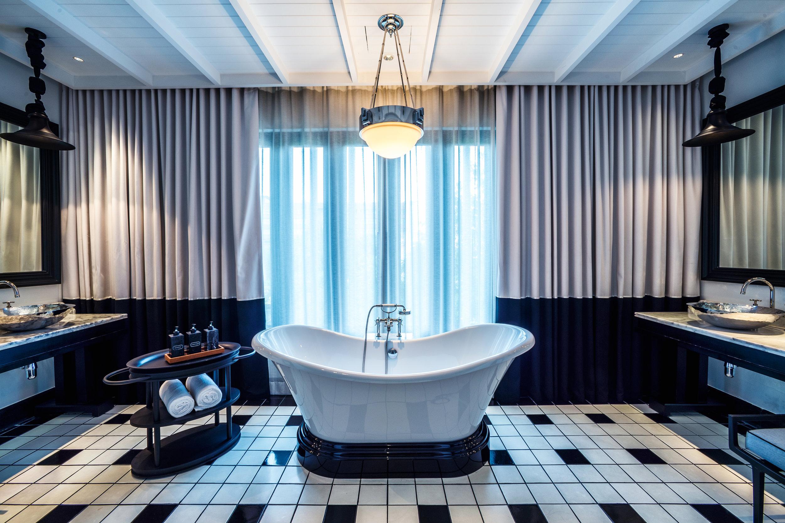 The Siam. Siam Suite - Bathroom.jpg