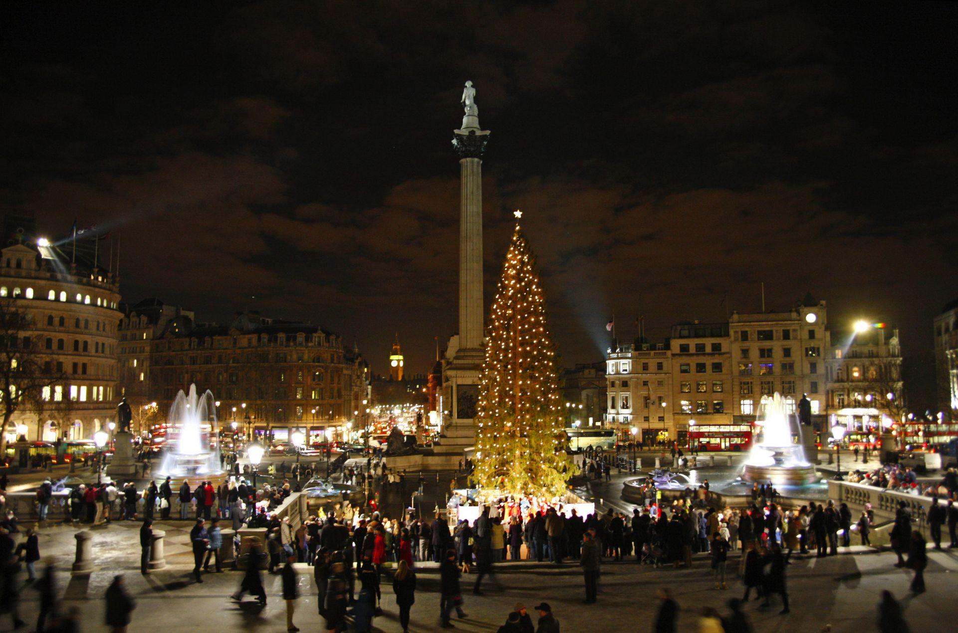 7. Trafalgar Square Christmas .jpg