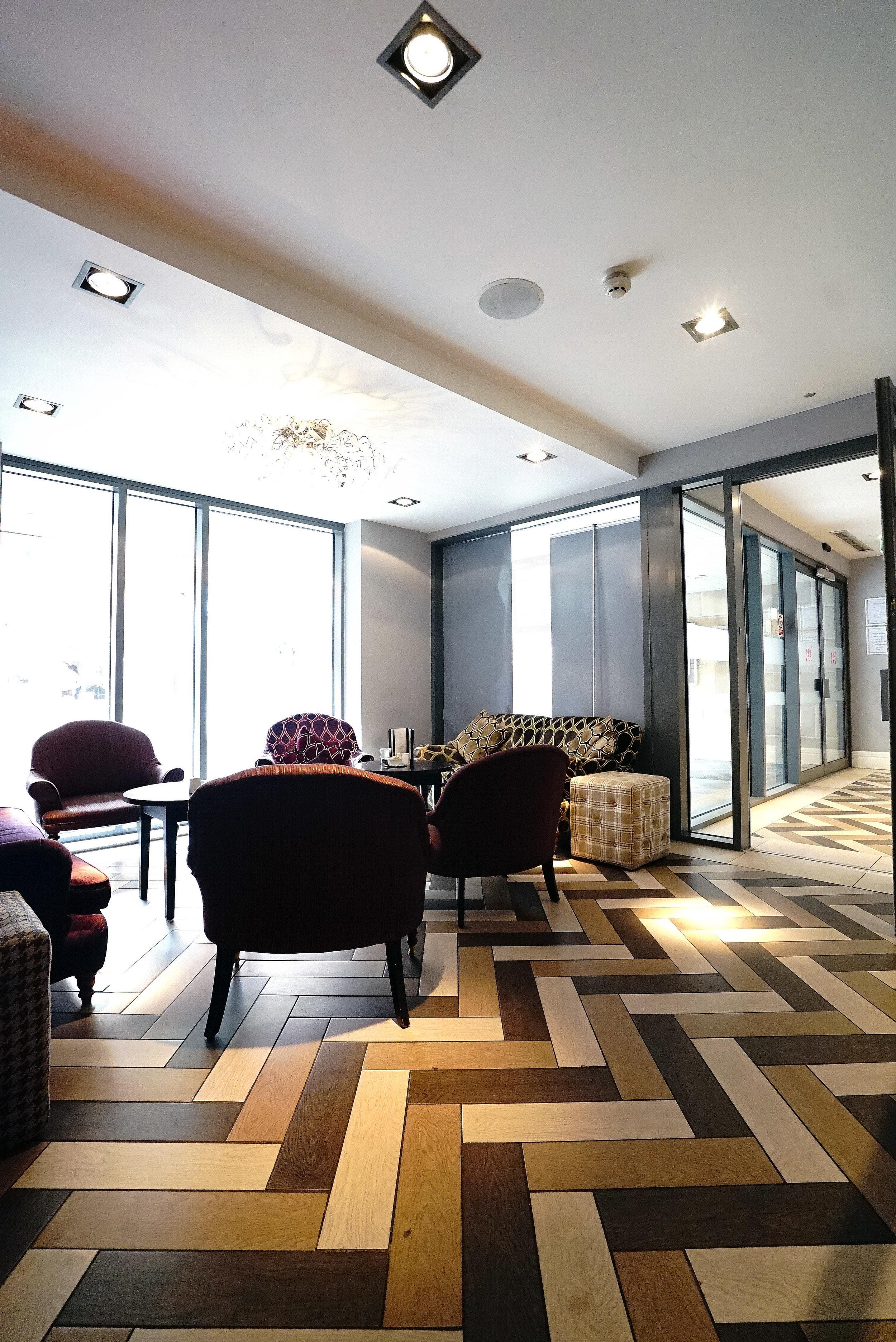 Mercure Darlington Lounge.jpg