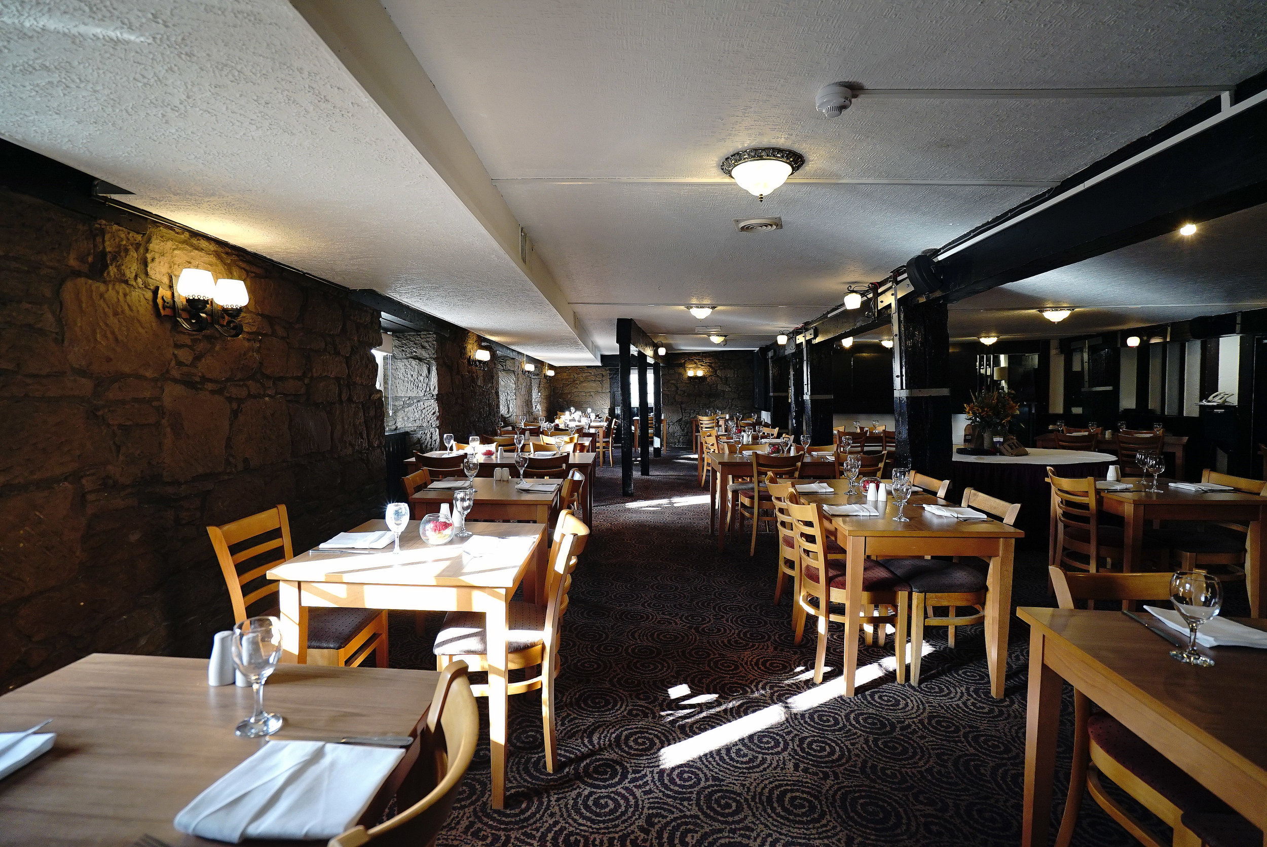 Mercure Perth Dining Room 2.jpg