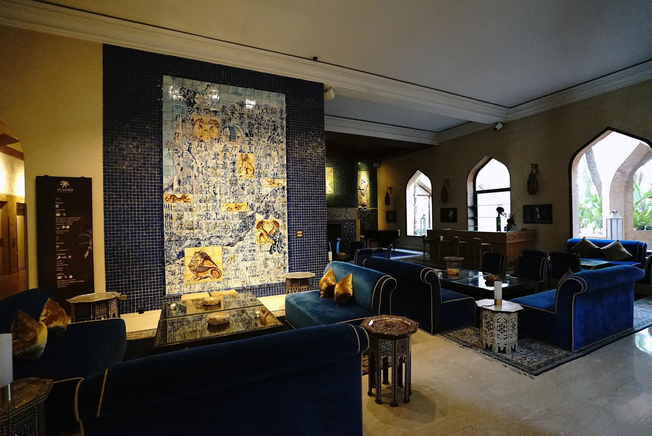 Es Saadi The Palace Bar.jpg
